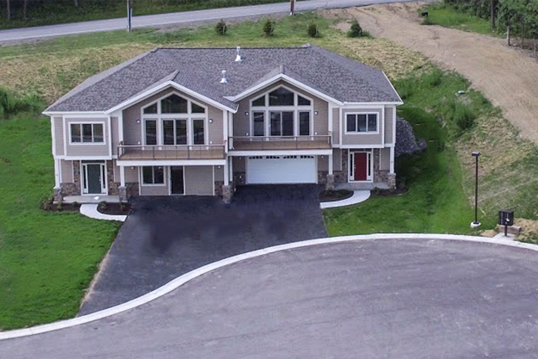 Condominiums por un Venta en Aerie VIII 8A Terrace Drive South Bristol, Nueva York 14424 Estados Unidos