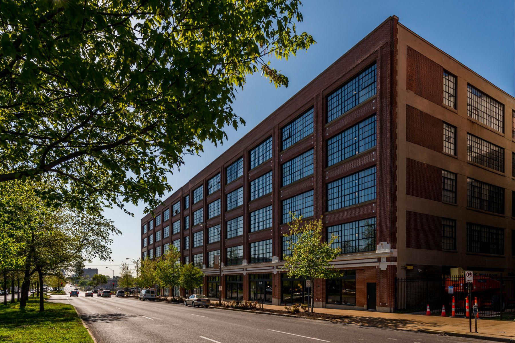 Condominium for Rent at 4100 Forest Park Ave #412 4100 Forest Park Avenue #412 St. Louis, Missouri 63108 United States