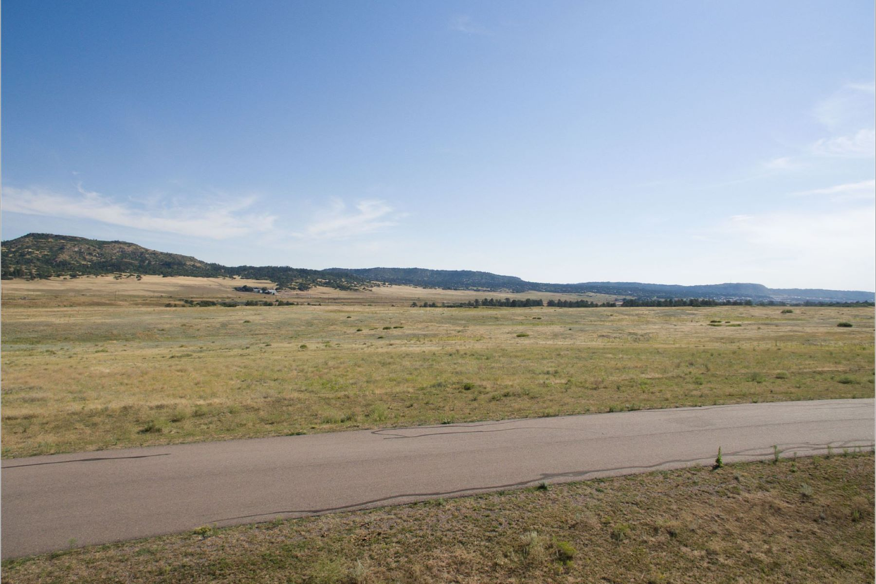 Land for Sale at 9.14-acre estate homesite offered by Koelbel and Company in The Keep. 2875 Bartizan Ln Sedalia, Colorado 80135 United States
