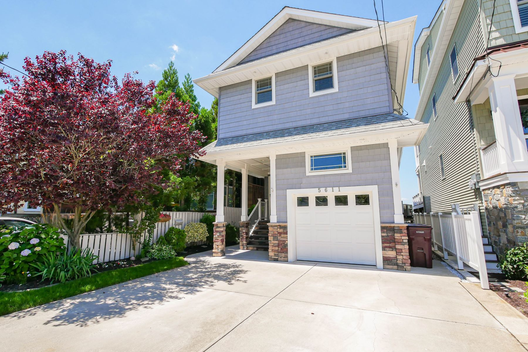 Single Family Homes pour l Vente à Ventnor City, New Jersey 08406 États-Unis
