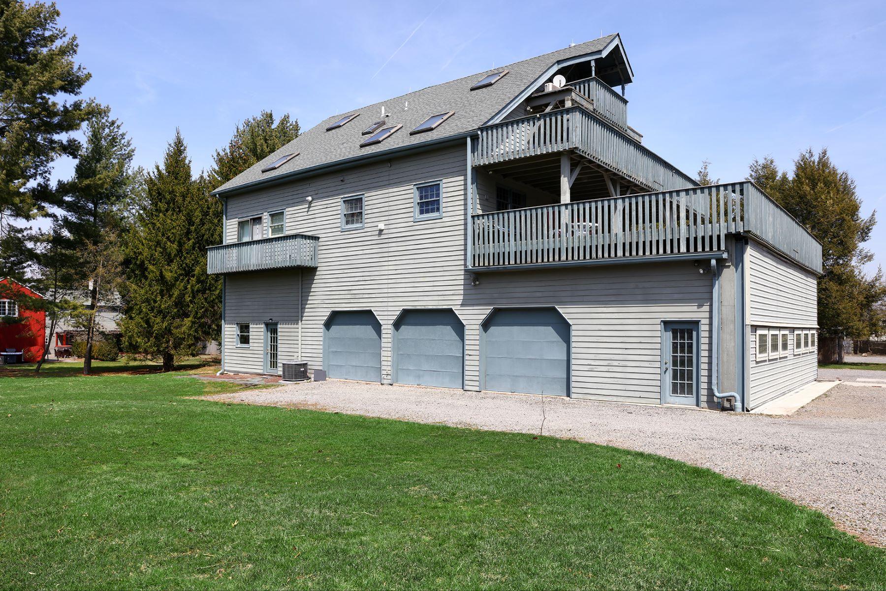 Casa Multifamiliar por un Venta en Income Producing 258 Wertsville Road, Ringoes, Nueva Jersey 08551 Estados UnidosEn/Alrededor: East Amwell Township