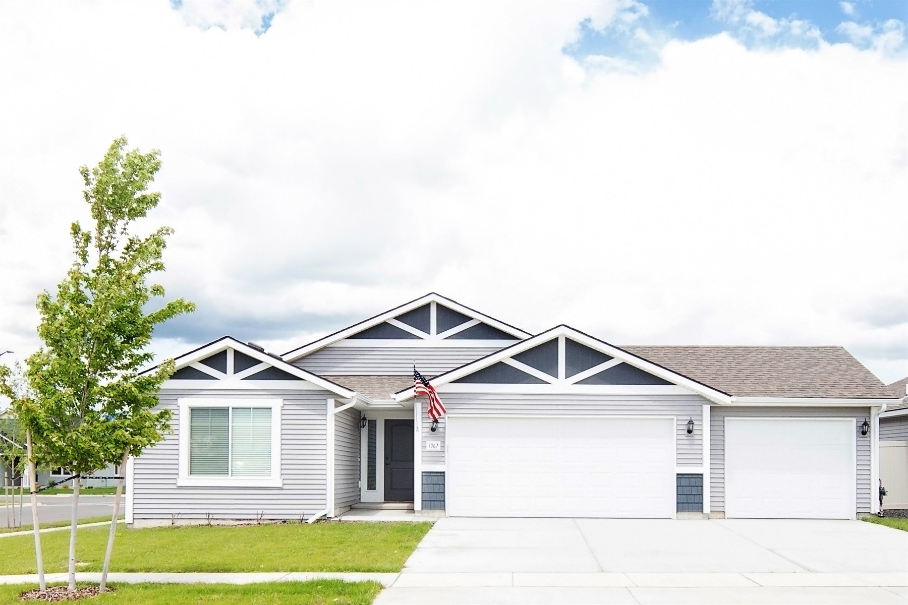 Single Family Homes for Sale at Beautiful Carolina Floor Plan in Montrose 1967 W Calawah Ave Post Falls, Idaho 83854 United States