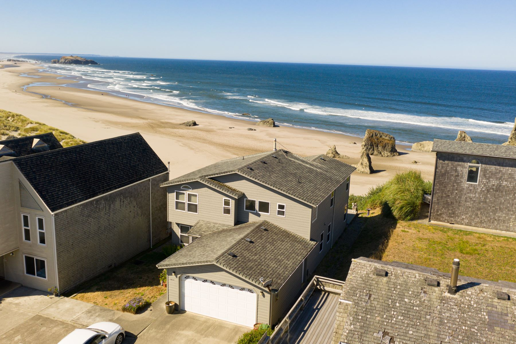 Single Family Homes para Venda às Luxurious Oceanfront Home 2464 Beach Loop Drive SW, Bandon, Oregon 97411 Estados Unidos