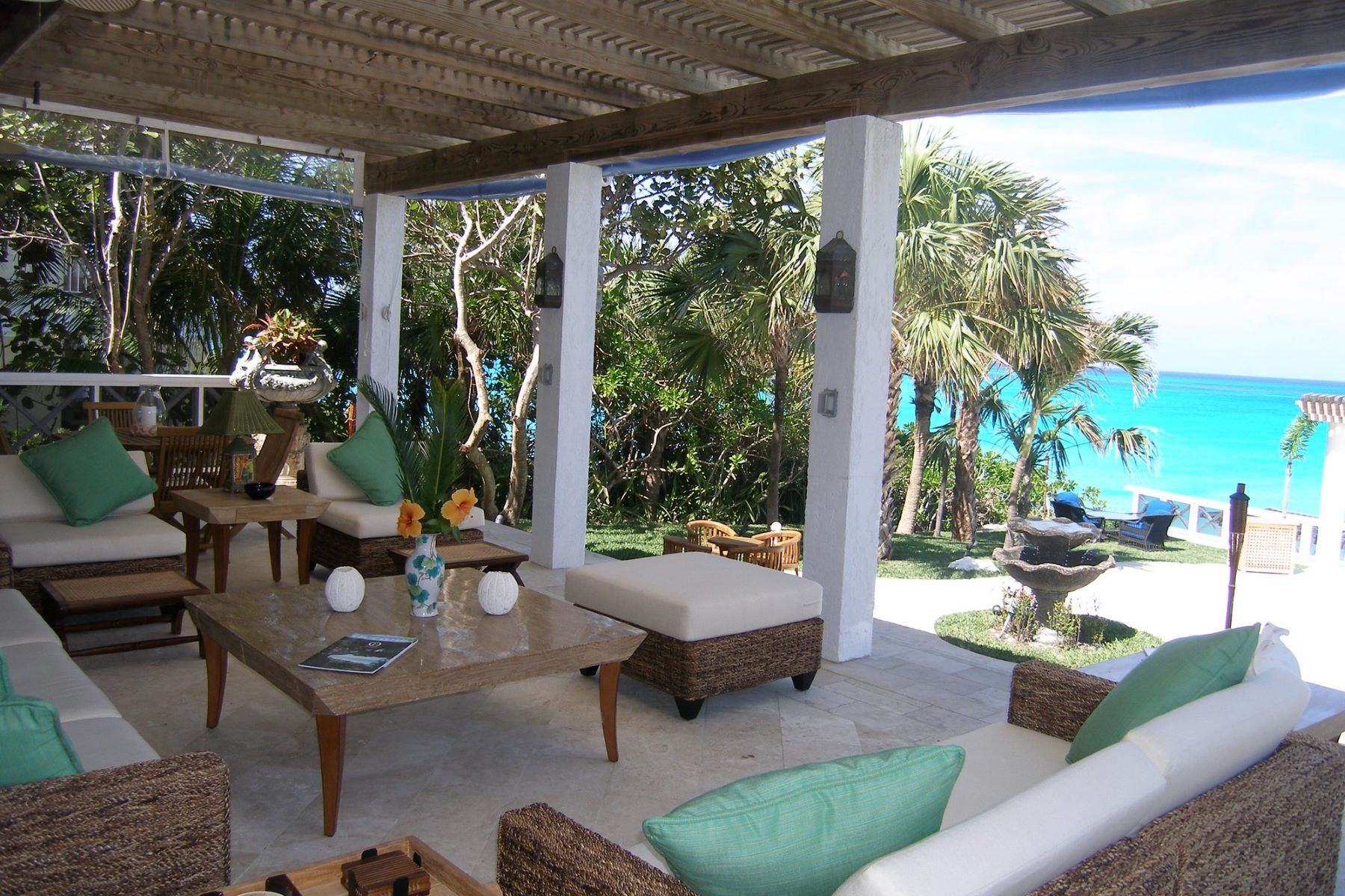 Additional photo for property listing at Bay Creek House Old Fort Bay, Nassau And Paradise Island Bahamas