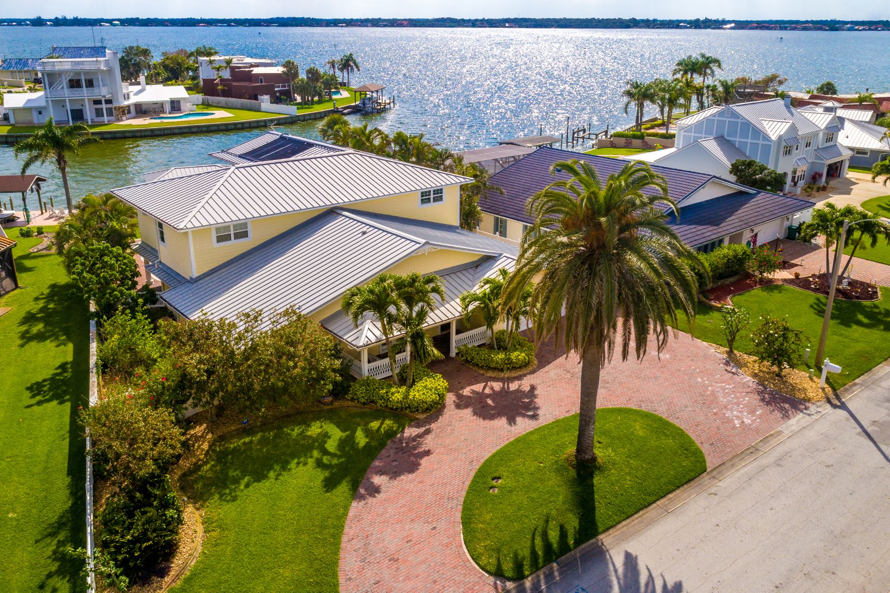 Single Family Home for Sale at Spectacular Waterfront Home 4 Willow Green Dr. Cocoa Beach, Florida 32931 United States