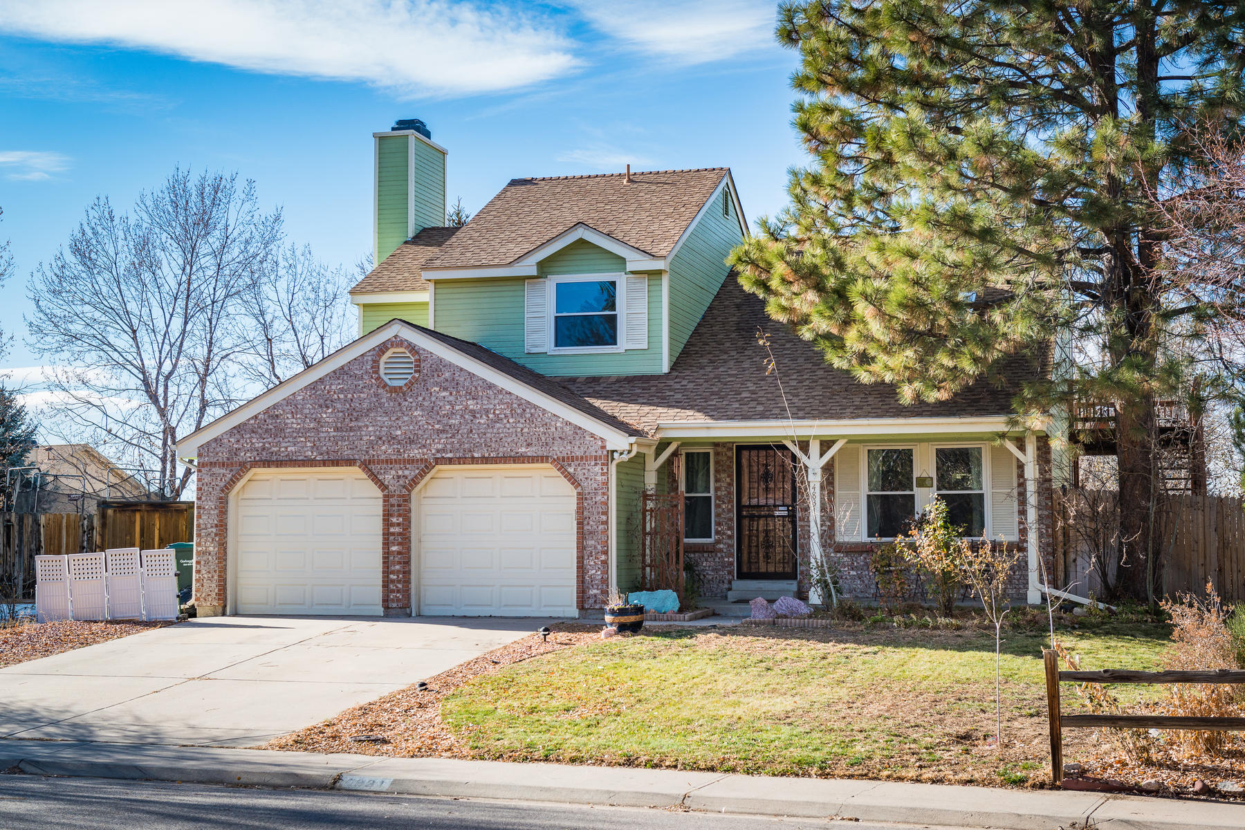 Single Family Home for Active at Beautifully Maintained Home in Cherry Creek School District 4831 South Evanston Street Aurora, Colorado 80015 United States
