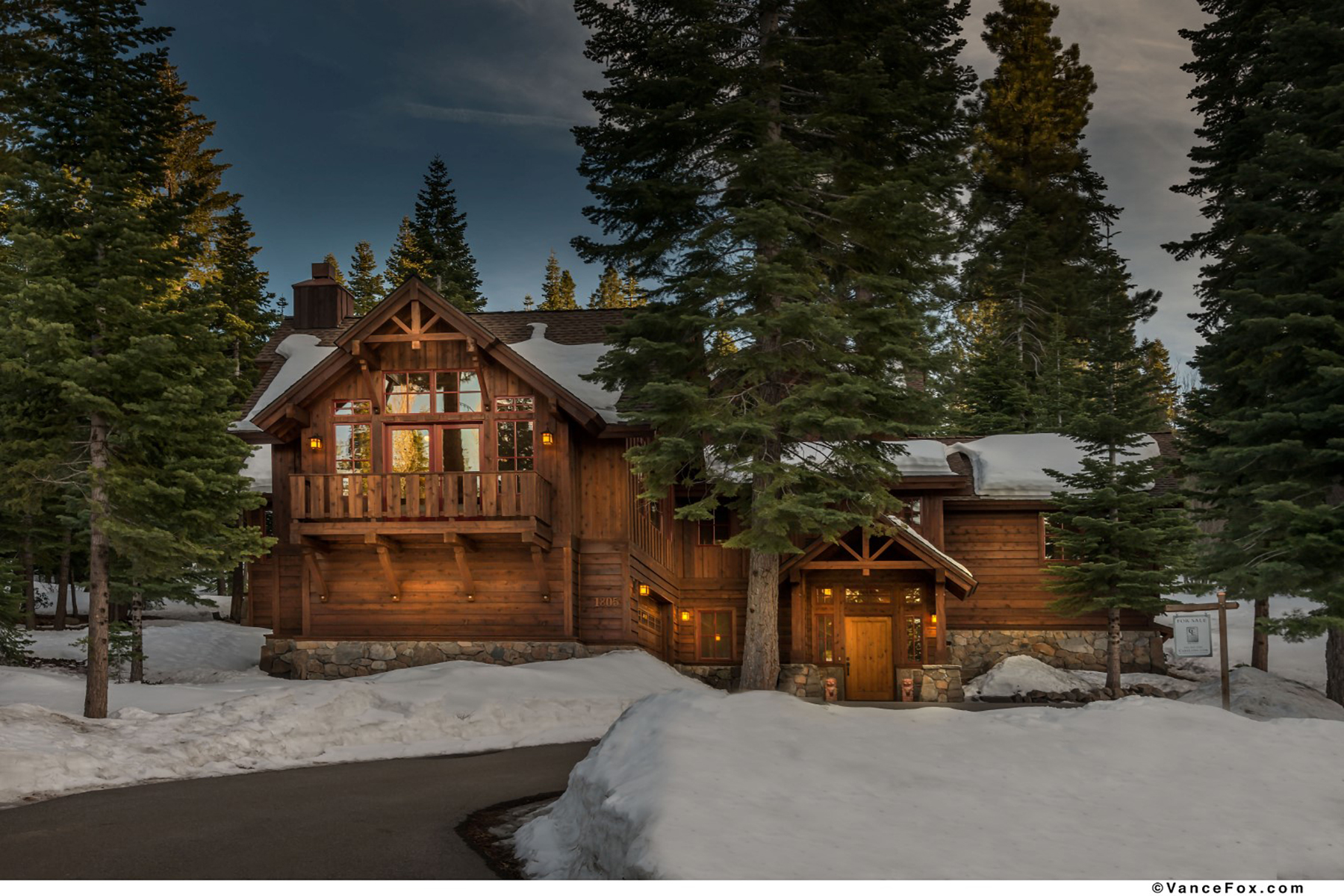 Single Family Home for Active at 1805 Wood Points Way, Truckee, CA 1805 Woods Point Way Truckee, California 96161 United States