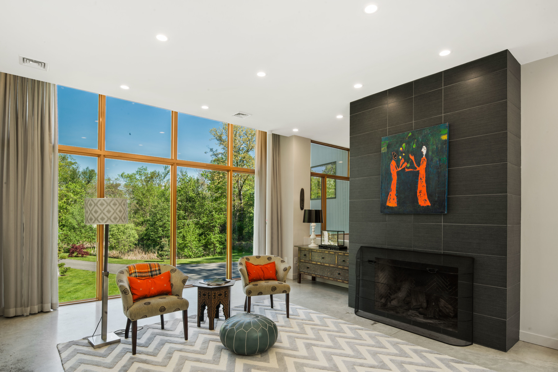 Additional photo for property listing at Contemporary Masterpiece Situated On 2.15 Private And Pristine Acres 120 Governor Stoughton Lane,  Milton, Massachusetts 02186 United States
