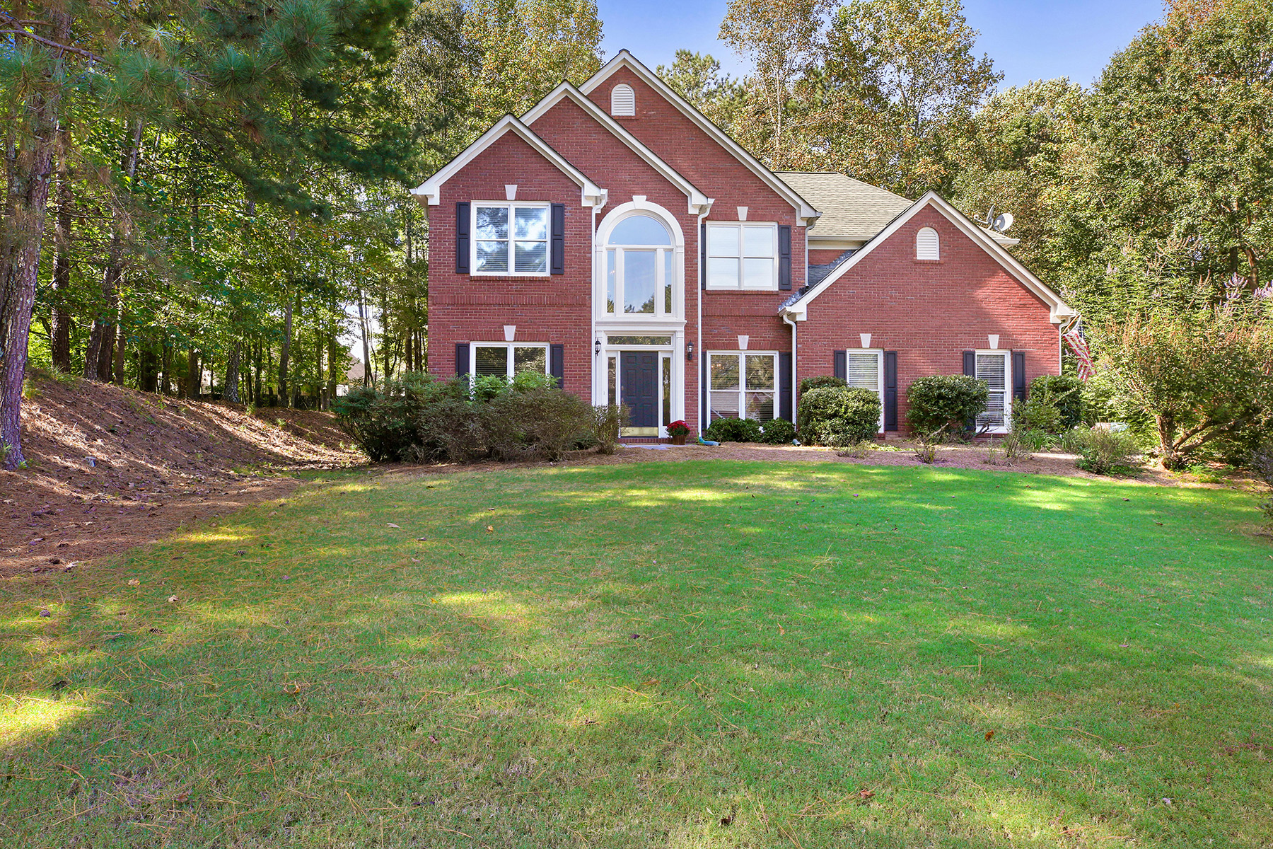 Single Family Home for Sale at Freshly Painted - Five Bedroom - Brick Traditional 6625 Eagle Point Suwanee, Georgia 30024 United States