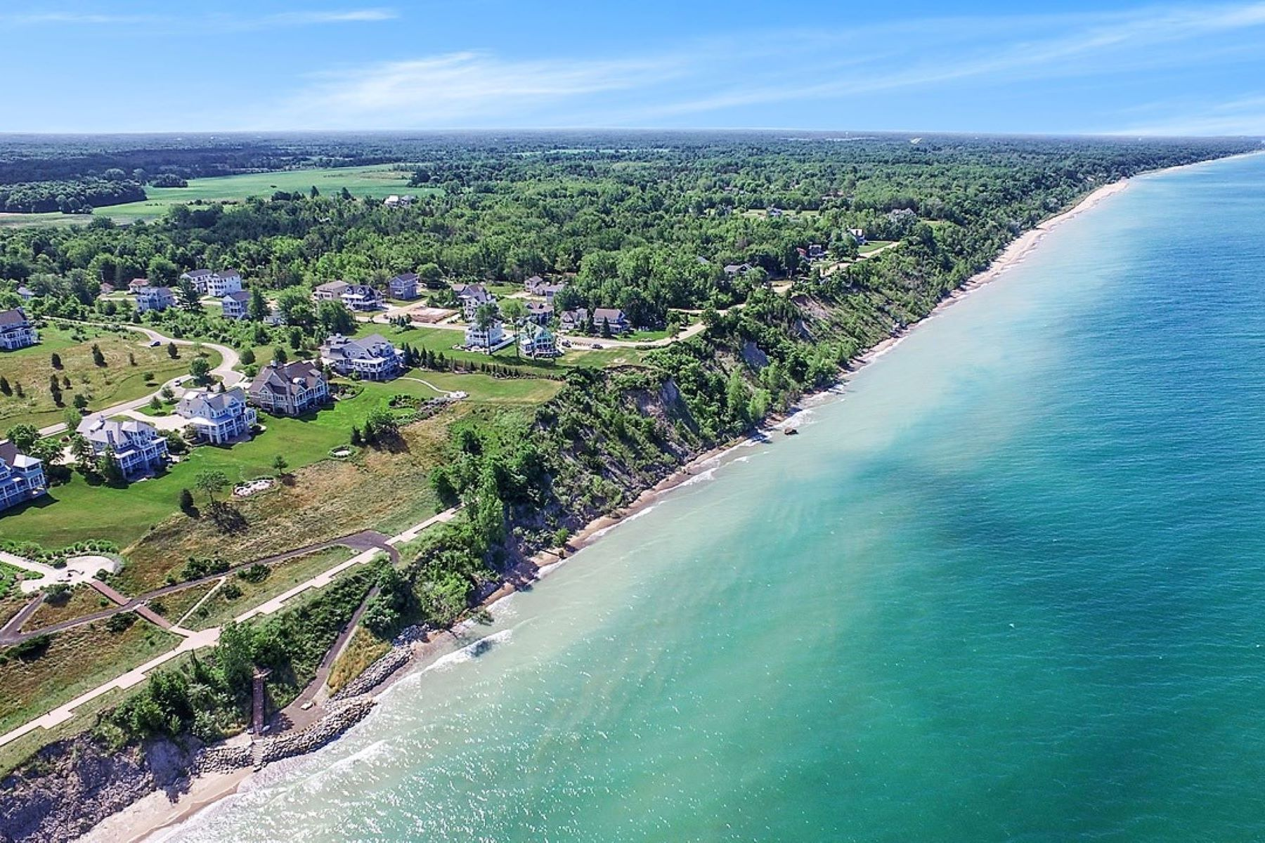 Land for Active at Exclusive Waterfront Property in South Haven, MI 664 Lantern Watch Drive 25 South Haven, Michigan 49090 United States