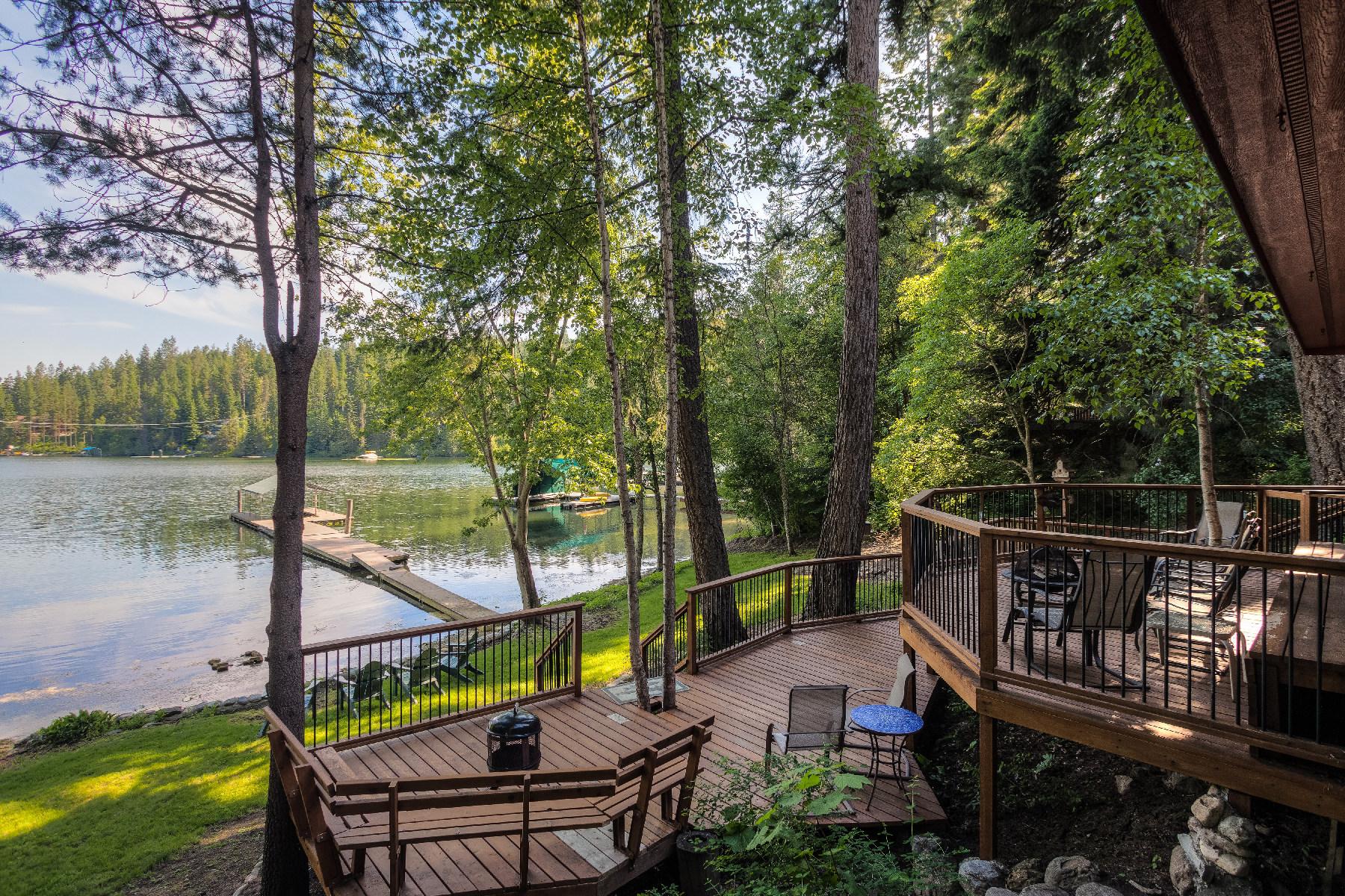 Einfamilienhaus für Verkauf beim Hayden Lake Quintessential Lake Living 34973 E Hayden Lake Rd Hayden, Idaho, 83835 Vereinigte Staaten