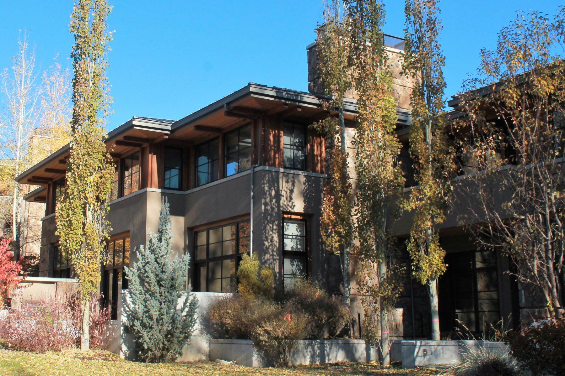 Condominiums für Verkauf beim Rarely Available In-Town Luxury Living 600 E 2nd Street, Ketchum, Idaho 83340 Vereinigte Staaten