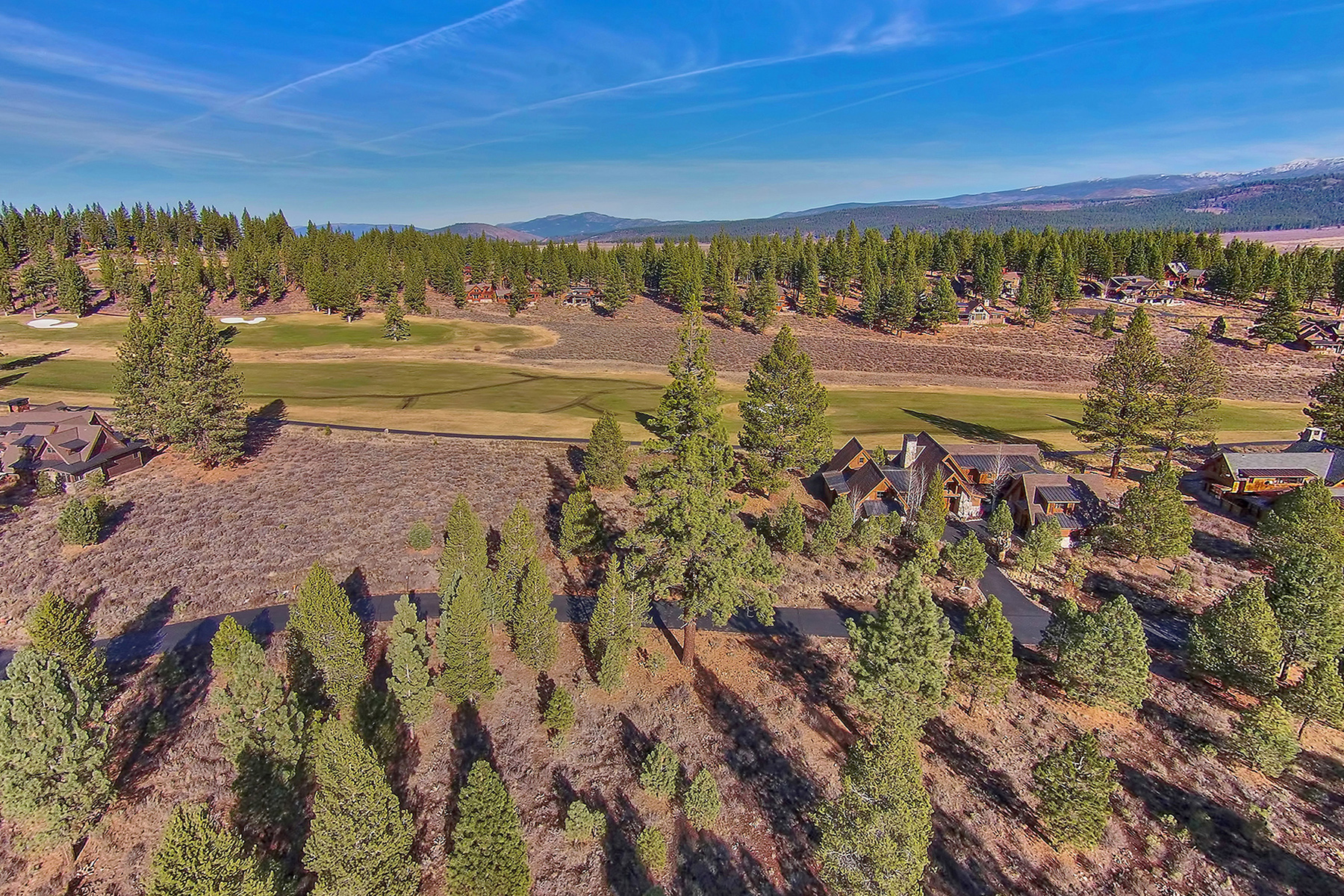 Additional photo for property listing at 10247 Dick Barter 10247 Dick Barter Lot 262 Truckee, California 96161 Estados Unidos