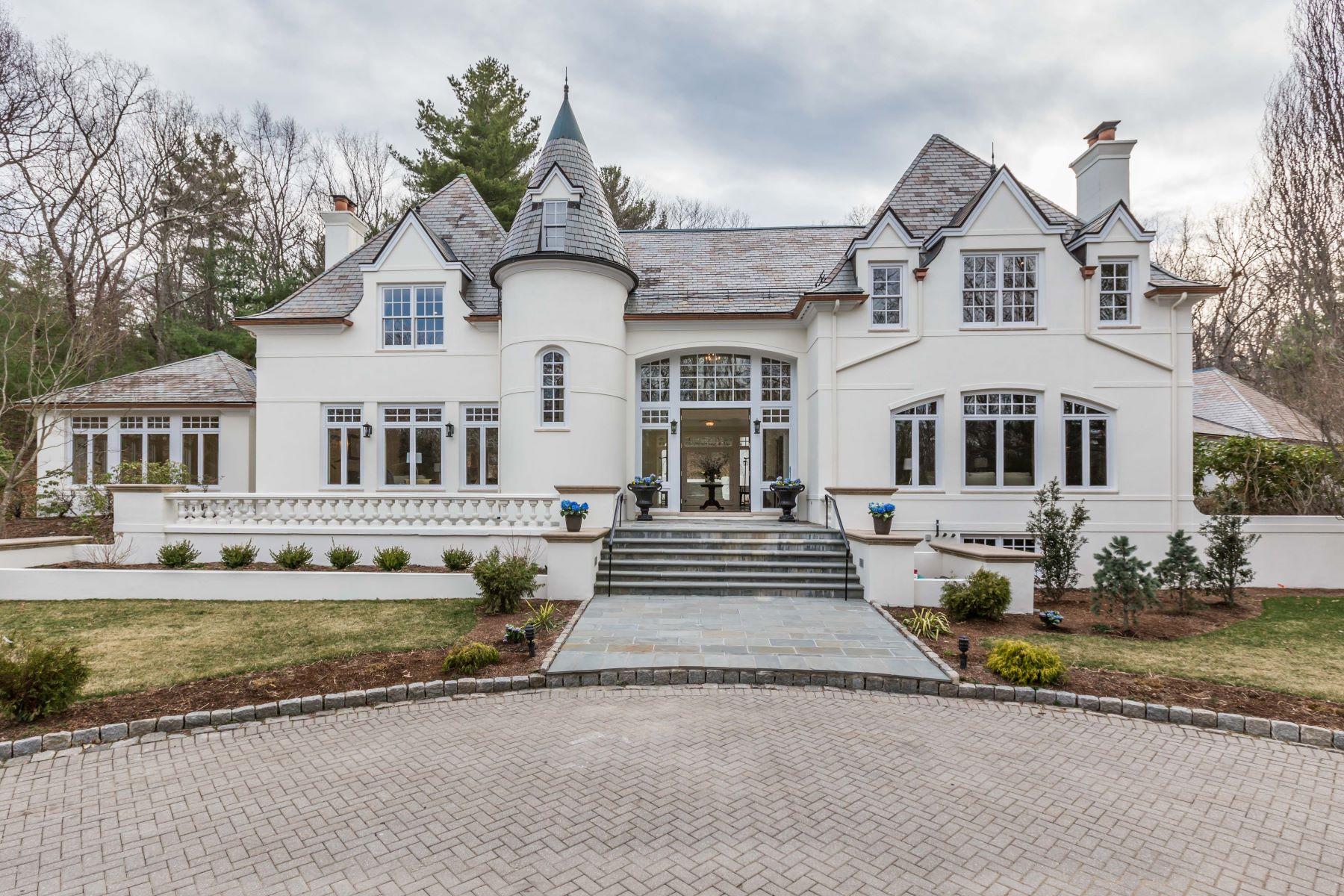 Частный односемейный дом для того Продажа на Stunning Newly Renovated Wellesley Estate 190 Pond Street Wellesley, Массачусетс 02482 Соединенные Штаты