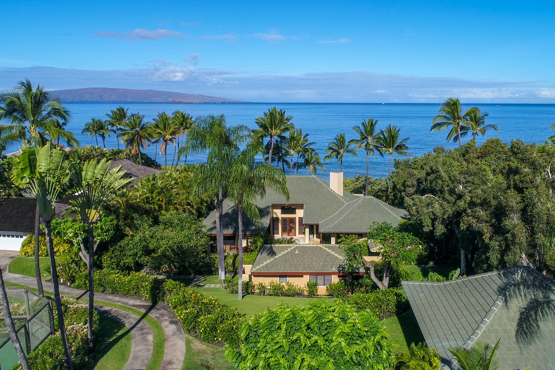 Single Family Homes for Active at Makena Beach Home - Private, Charming, Island Living 4680 Makena Rd Makena, Hawaii 96753 United States