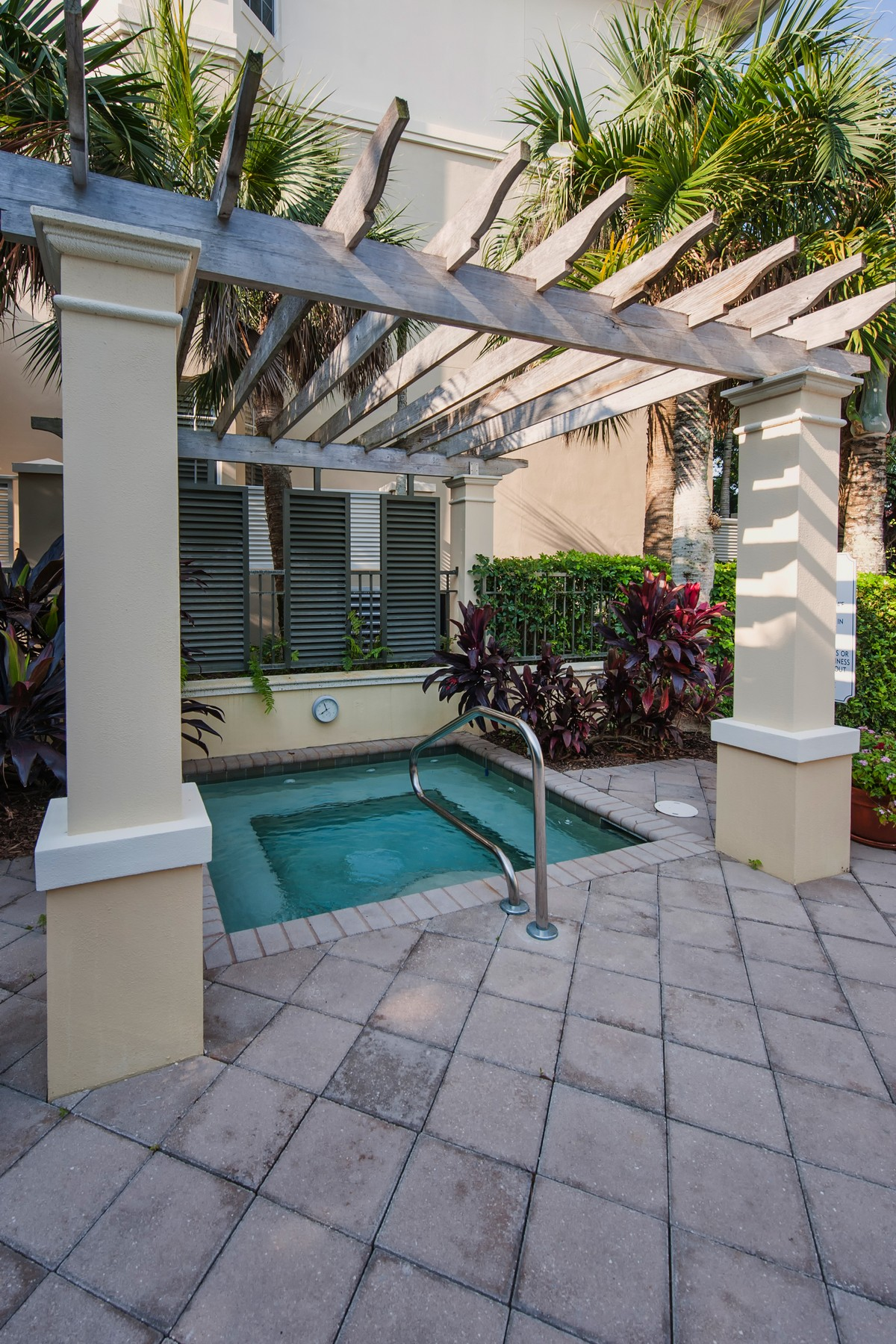 Additional photo for property listing at Resort Style Living in Palm Island Plantation 110 Island Plantation Terrace #301 Indian River Shores, Florida 32963 United States