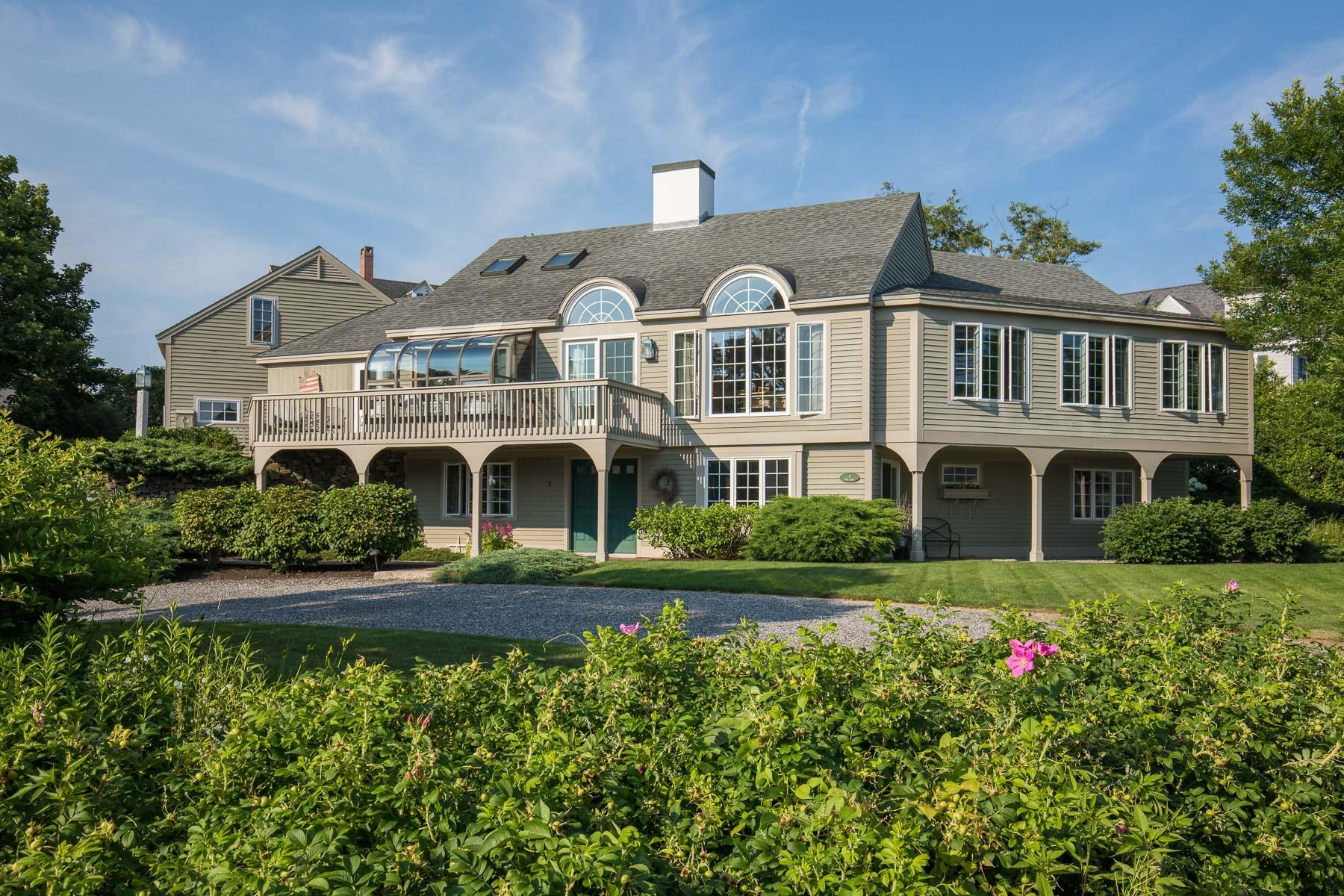 Maison unifamiliale pour l Vente à 2 Fort Lane Kennebunk, Maine, 04043 États-Unis