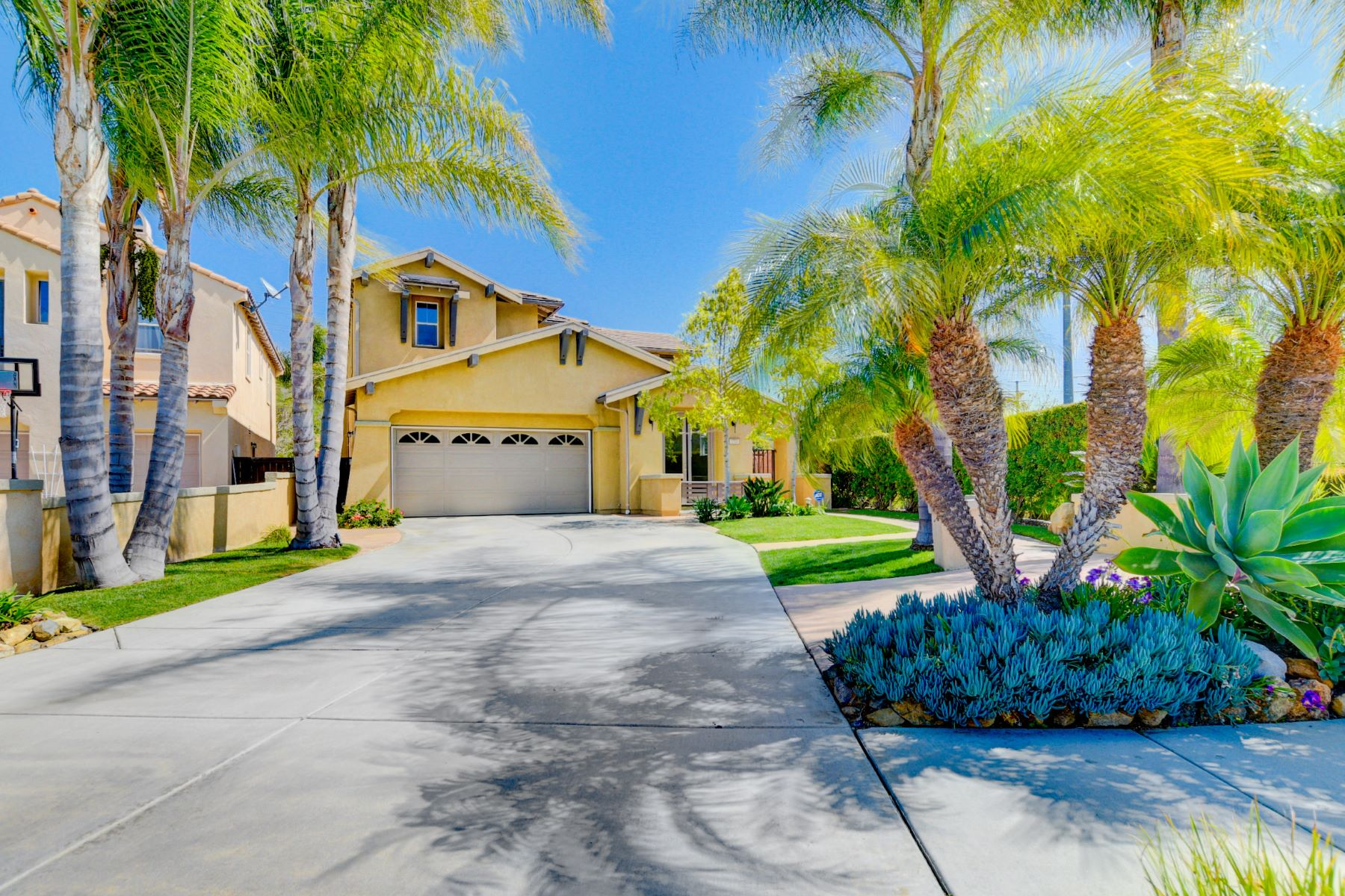 Single Family Home for Active at 1700 Weatherwood Court San Marcos, California 92078 United States