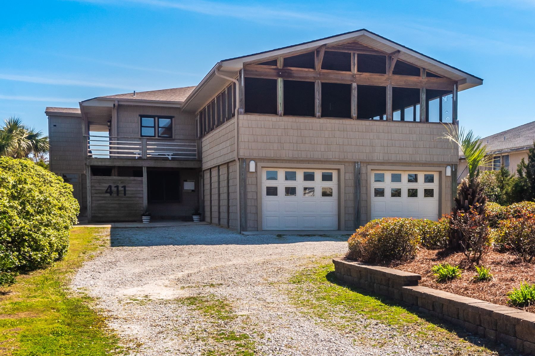 Single Family Home for Active at Meticulously Maintained Vintage Cottage 411 S Anderson Blvd Topsail Beach, North Carolina 28445 United States