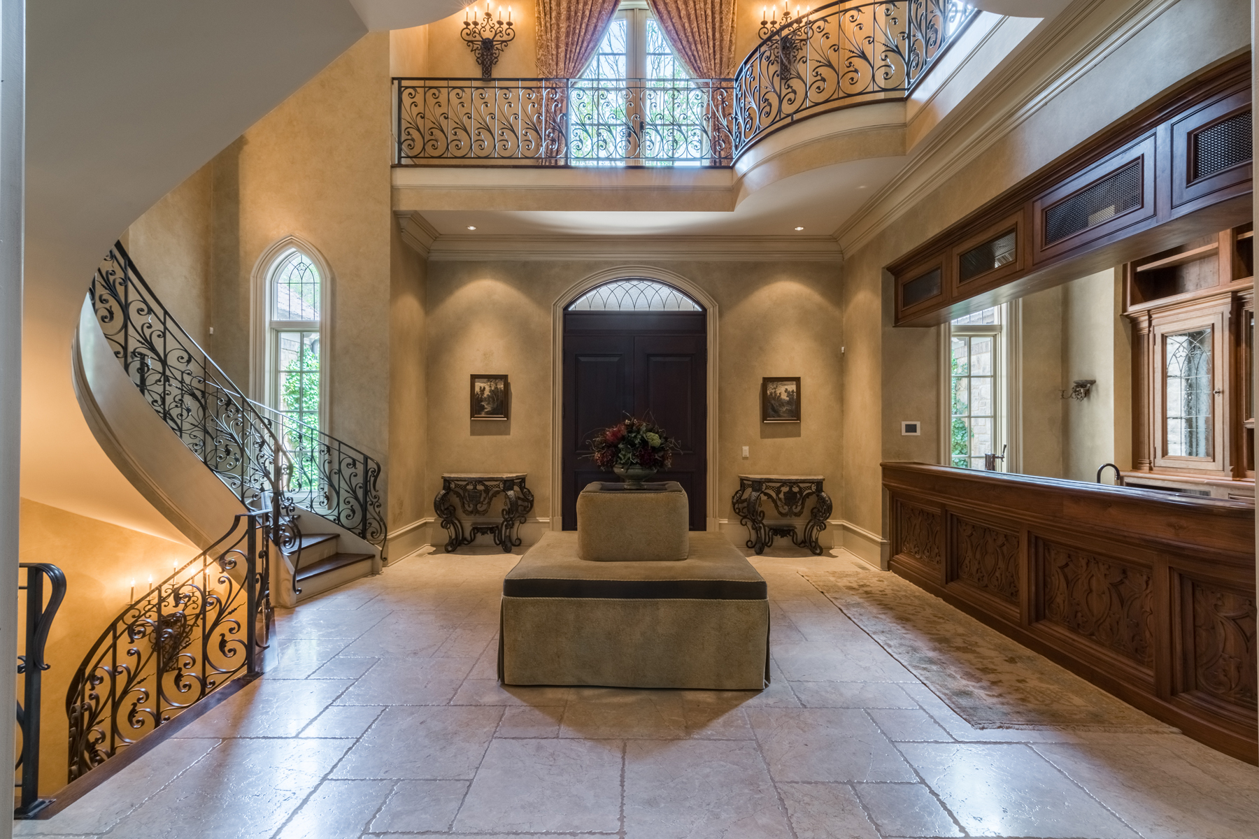 Additional photo for property listing at Custom Gated Stone Estate With Lighted Tennis Court And Heated Pool 4934 Powers Ferry Road Atlanta, Georgia 30327 United States