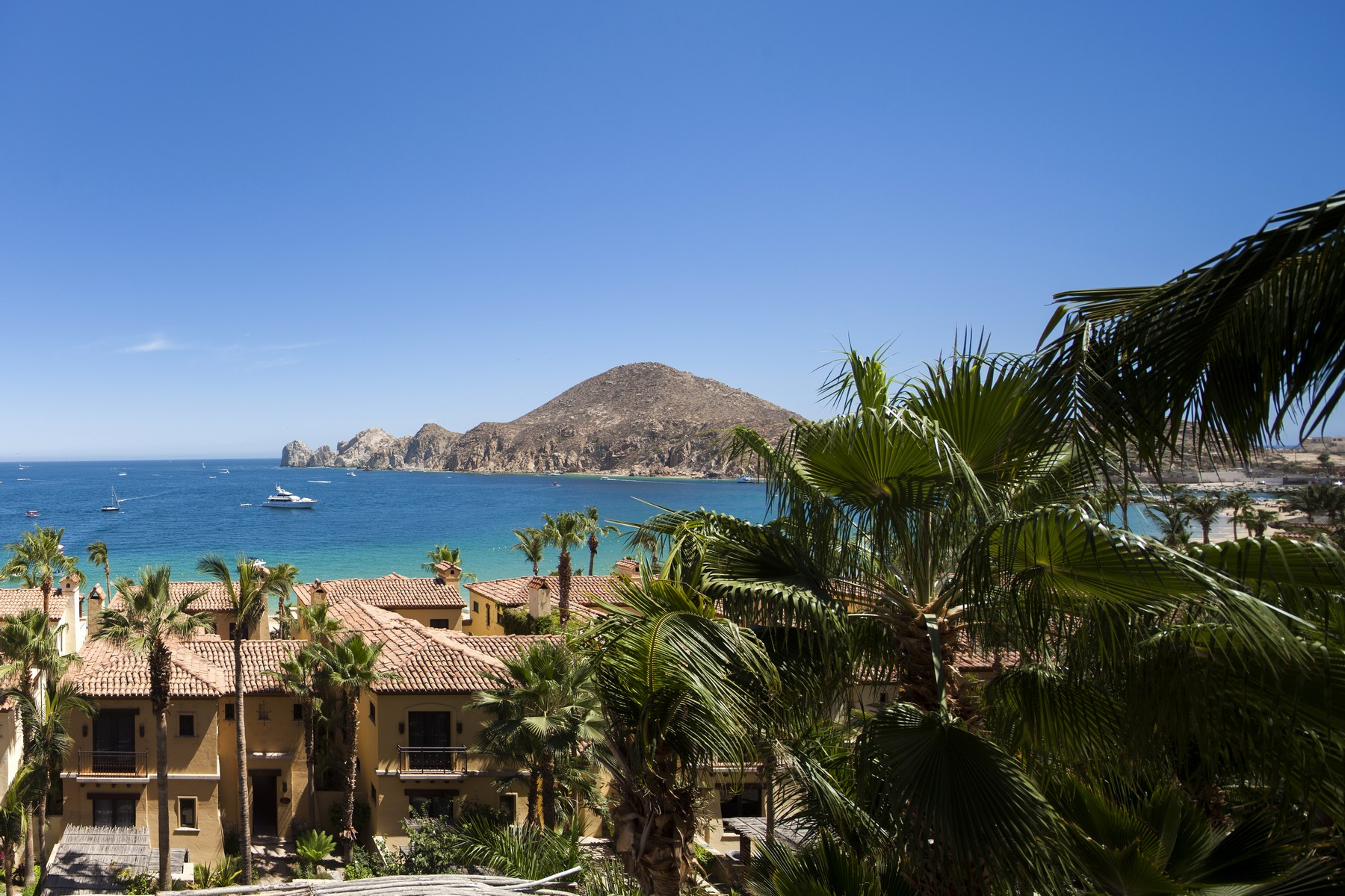 Additional photo for property listing at Collection 1303 Hacienda Beach Club & Residences Collection 1303 Cabo San Lucas, Baja California Sur 23453 Mexico