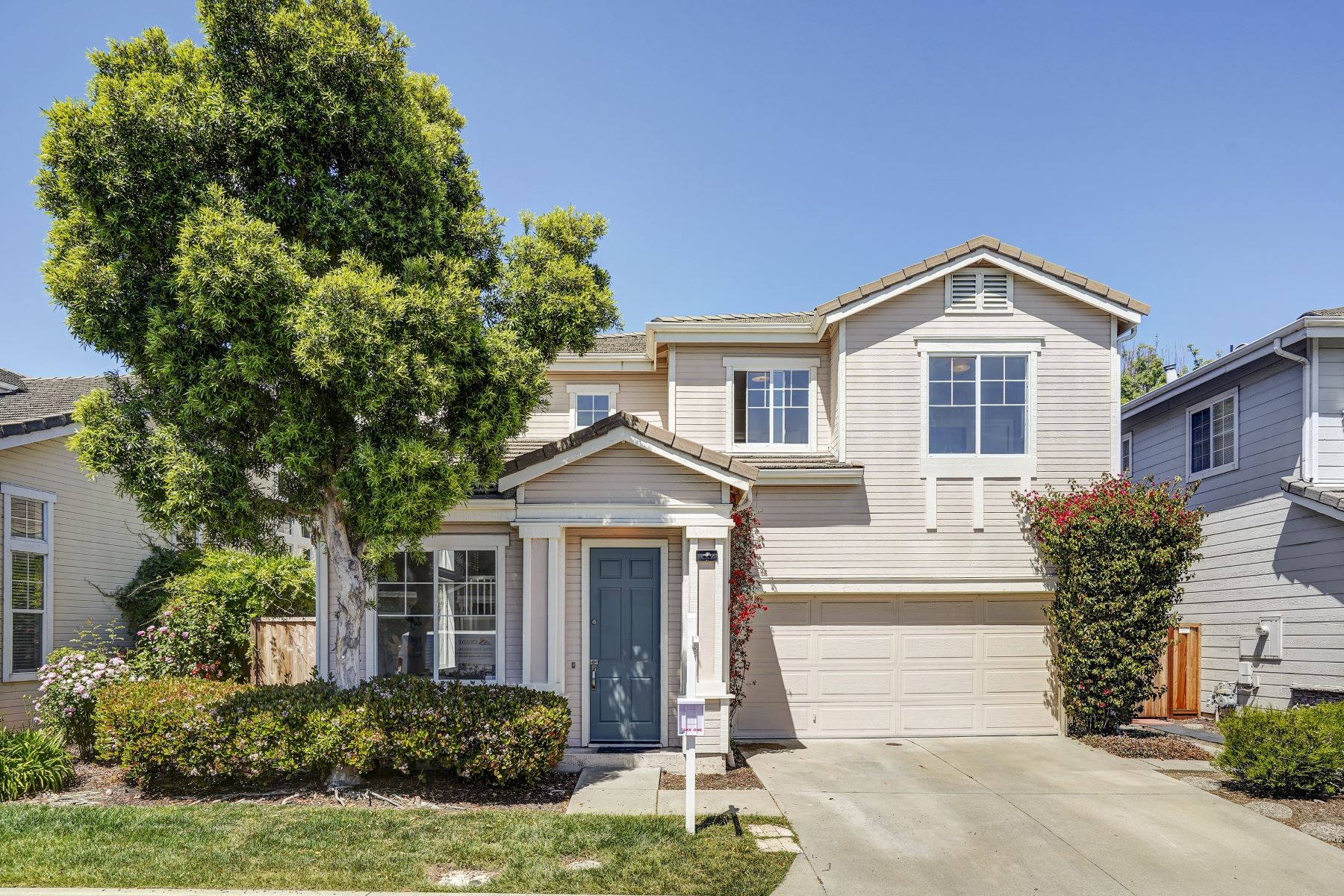 Single Family Home for Active at 538 Osprey Drive Redwood City, California 94065 United States