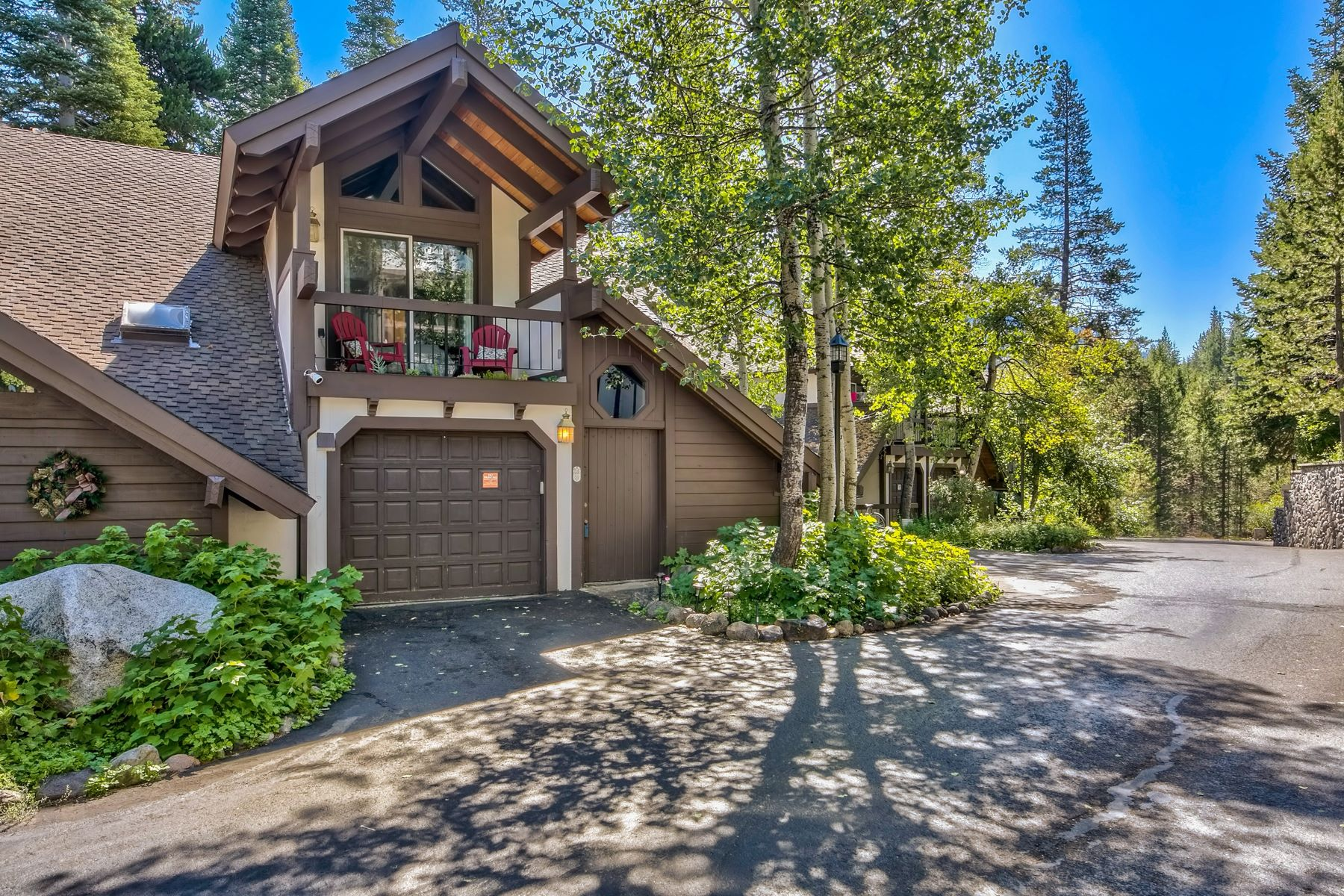 Additional photo for property listing at 227 Squaw Valley Rd. #27, Olympic Valley 227 Squaw Valley Road #27 Olympic Valley, California 96146 Estados Unidos