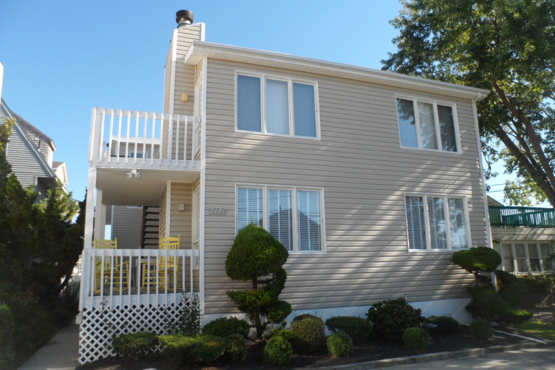 Condominium for Rent at 9510 Monmouth Unit A Margate, New Jersey 08402 United States