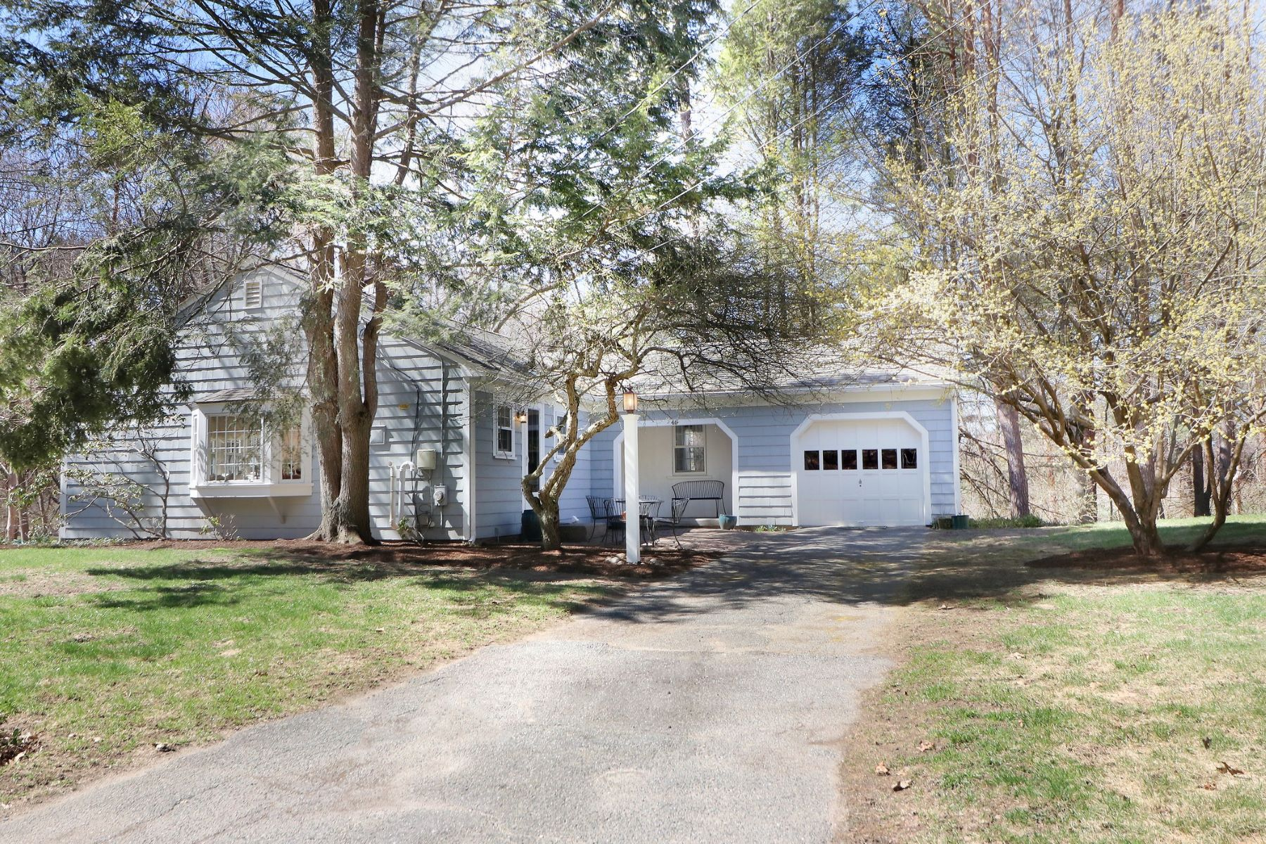 Single Family Home for Sale at Nantucket Charm 46 Moore Road Wayland, Massachusetts 01778 United States