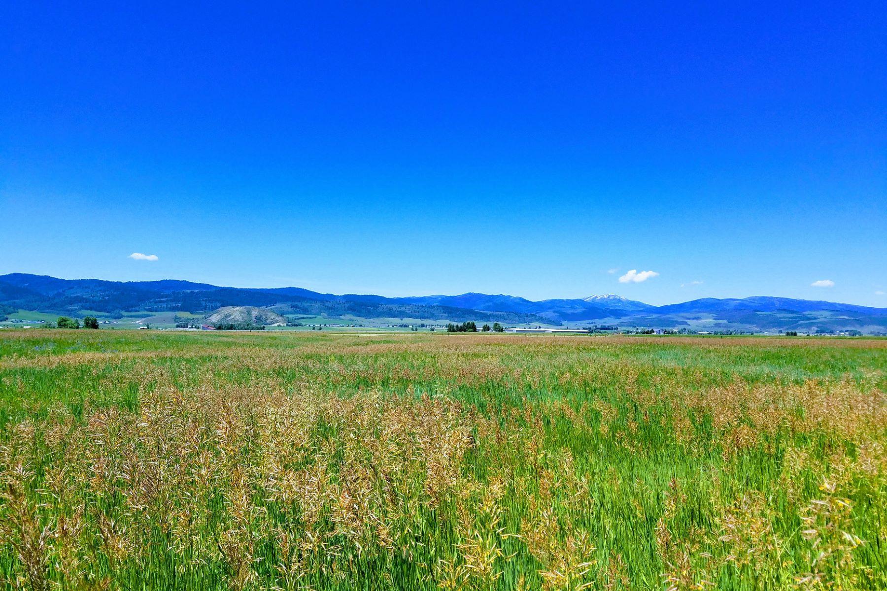 Terreno por un Venta en Premier Bridger View Ranches Home Site Lot 5, Bridger Drive Thayne, Wyoming 83127 Estados Unidos
