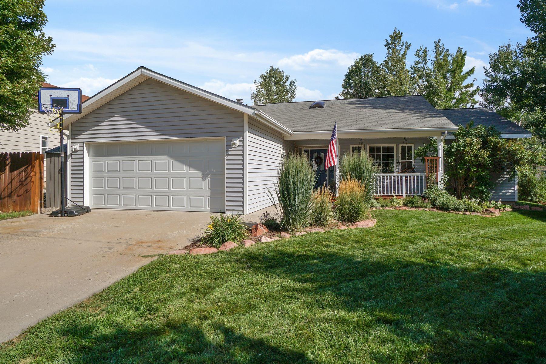 Casa Unifamiliar por un Venta en Meticulously Maintained Ranch-Style Home 528 Honeysuckle Drive New Castle, Colorado 81647 Estados Unidos