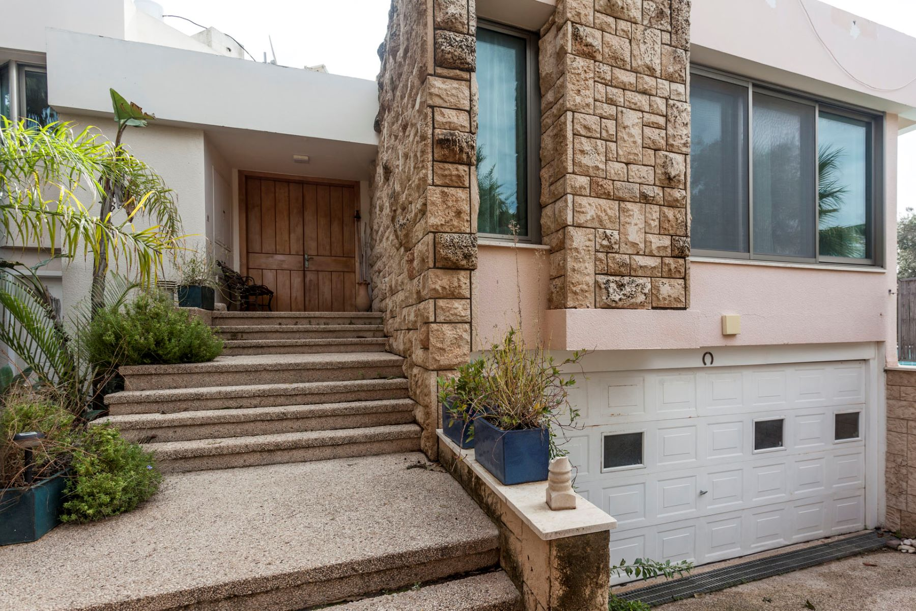 Additional photo for property listing at Dream House in Caesarea  Caesarea, Israel 30889 Israël