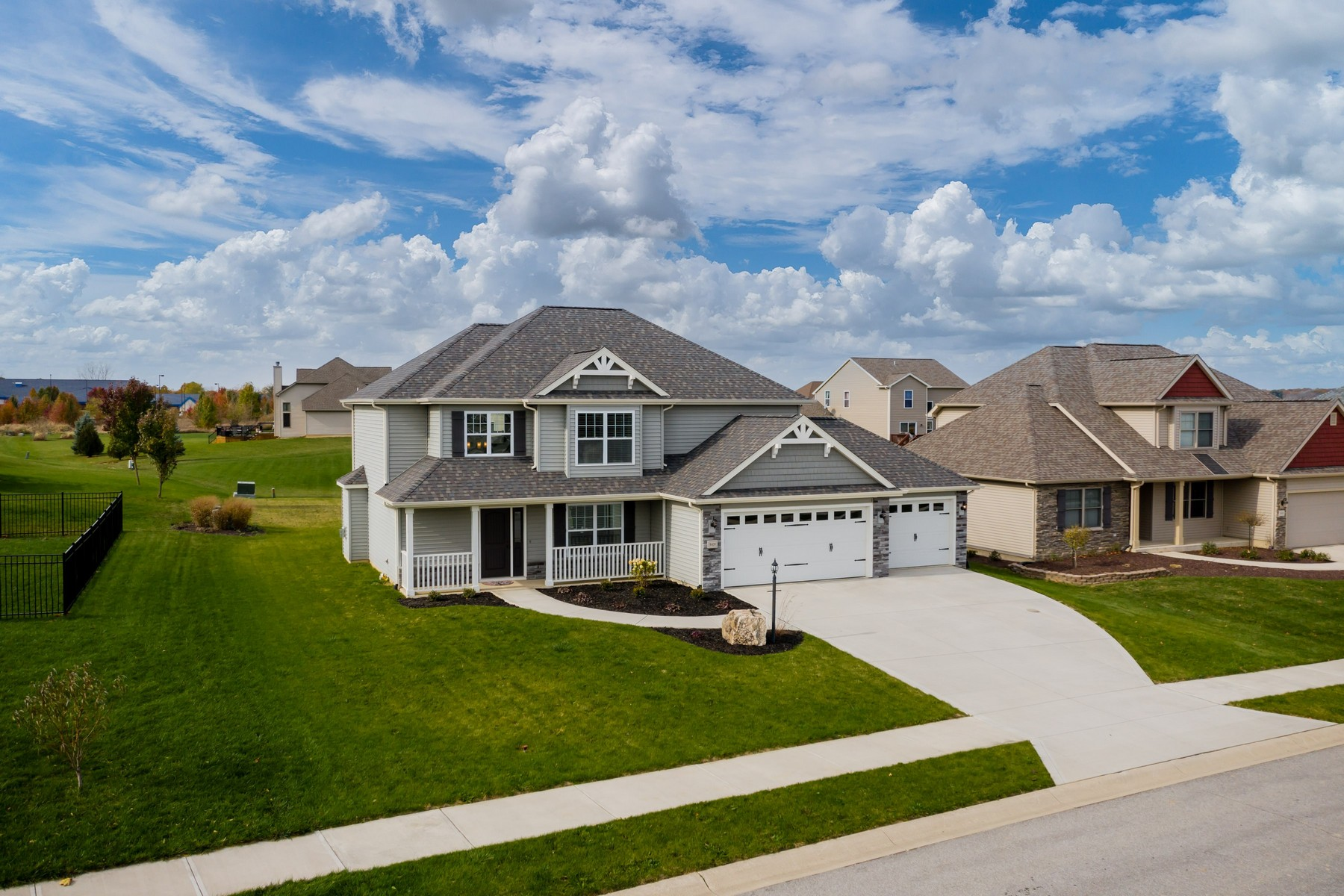 Single Family Homes for Active at Newer Build in Roanoke 9408 Prairie Meadows Drive Roanoke, Indiana 46783 United States