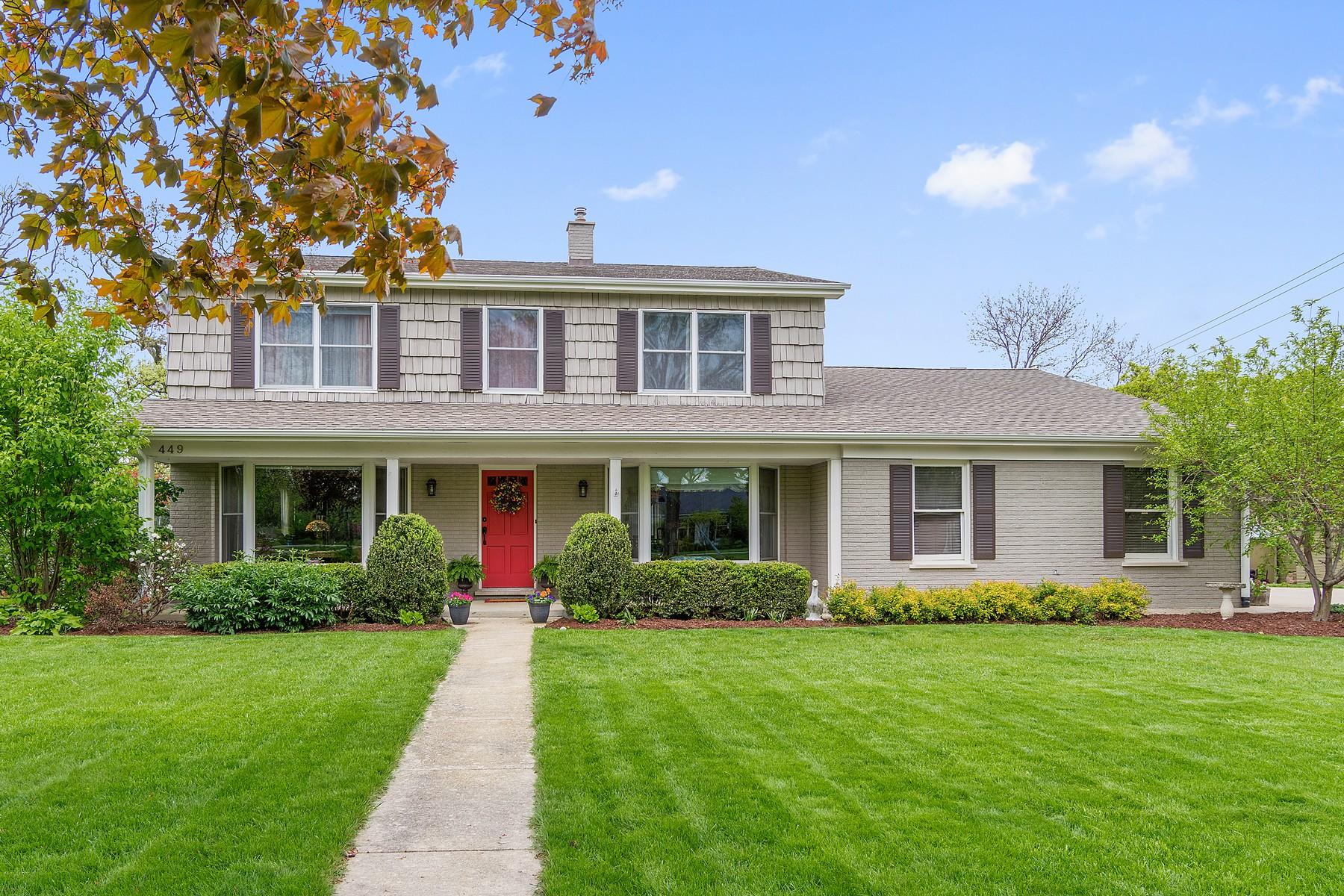 Maison unifamiliale pour l Vente à 449 Briargate 449 Briargate Terrace Hinsdale, Illinois, 60521 États-Unis