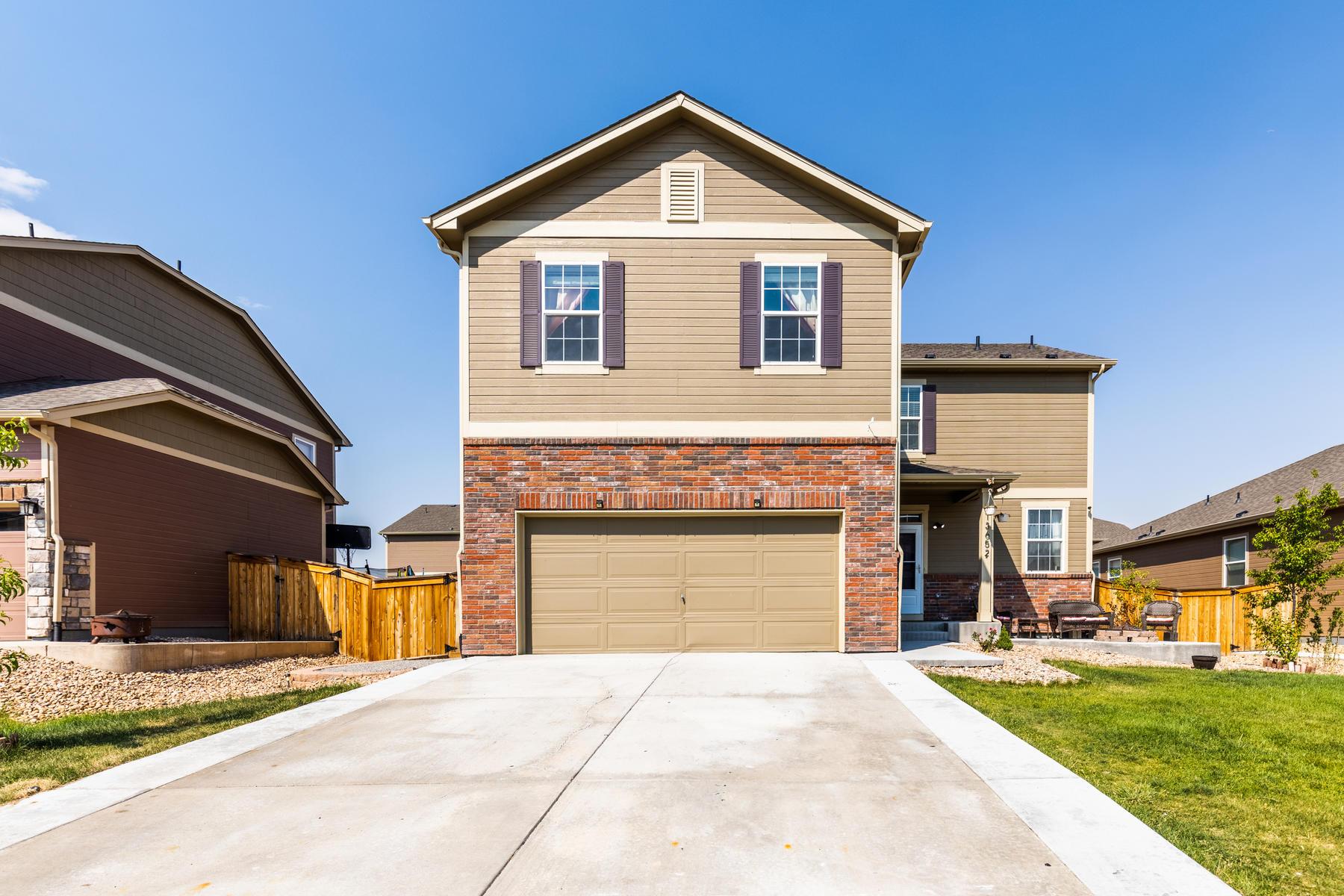 Single Family Homes для того Продажа на Thornton, Колорадо 80602 Соединенные Штаты