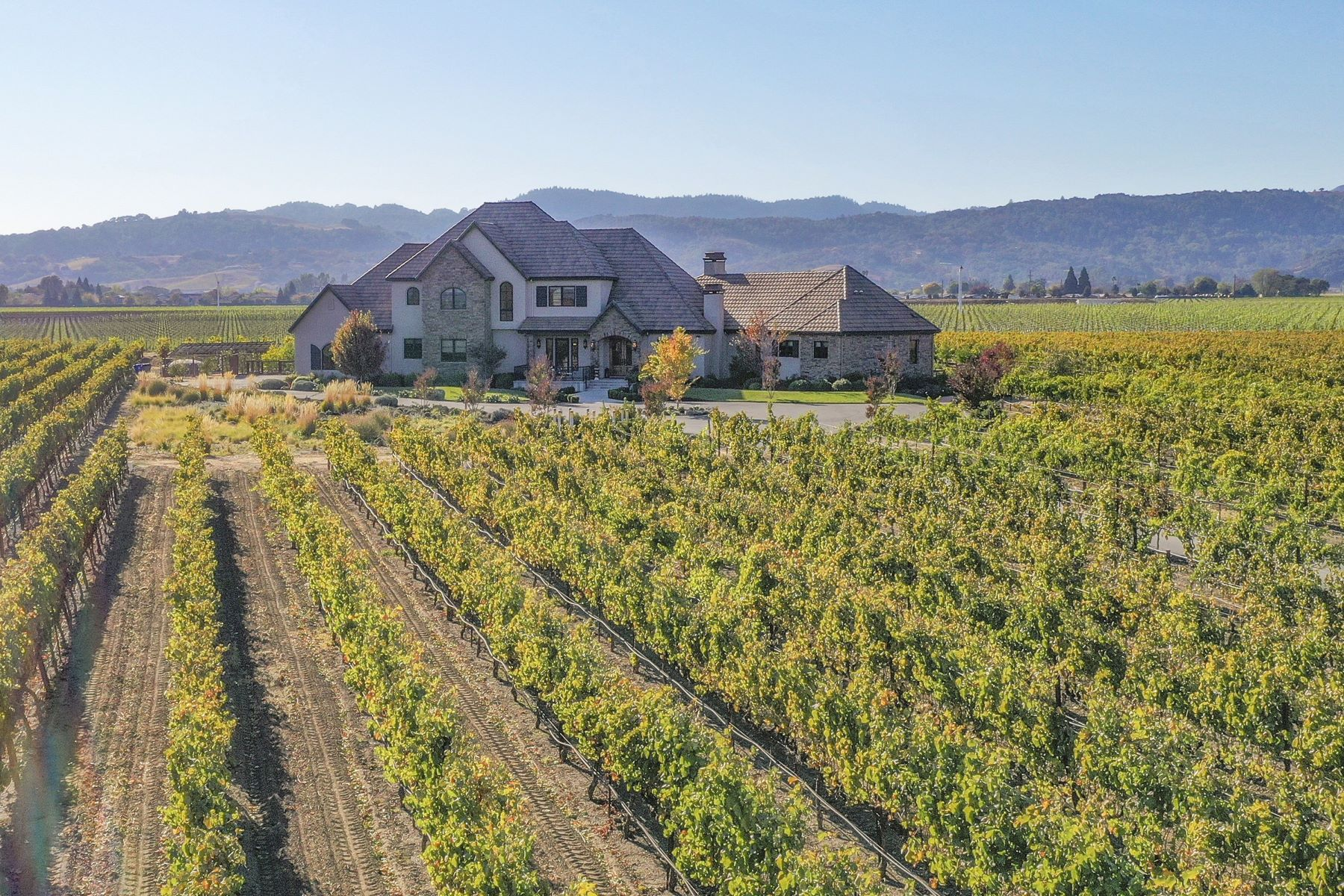 Single Family Homes for Sale at Napa Valley Vineyard Estate 45 Hunter Ranch Road Napa, California 94558 United States