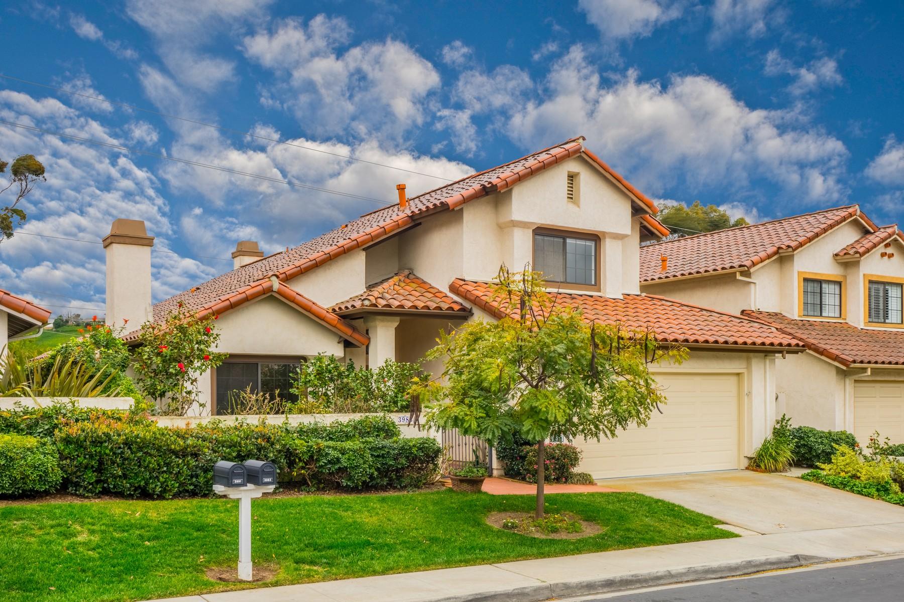 Casa para uma família para Venda às 3983 Caminito Cassis University City, San Diego, Califórnia, 92122 Estados Unidos