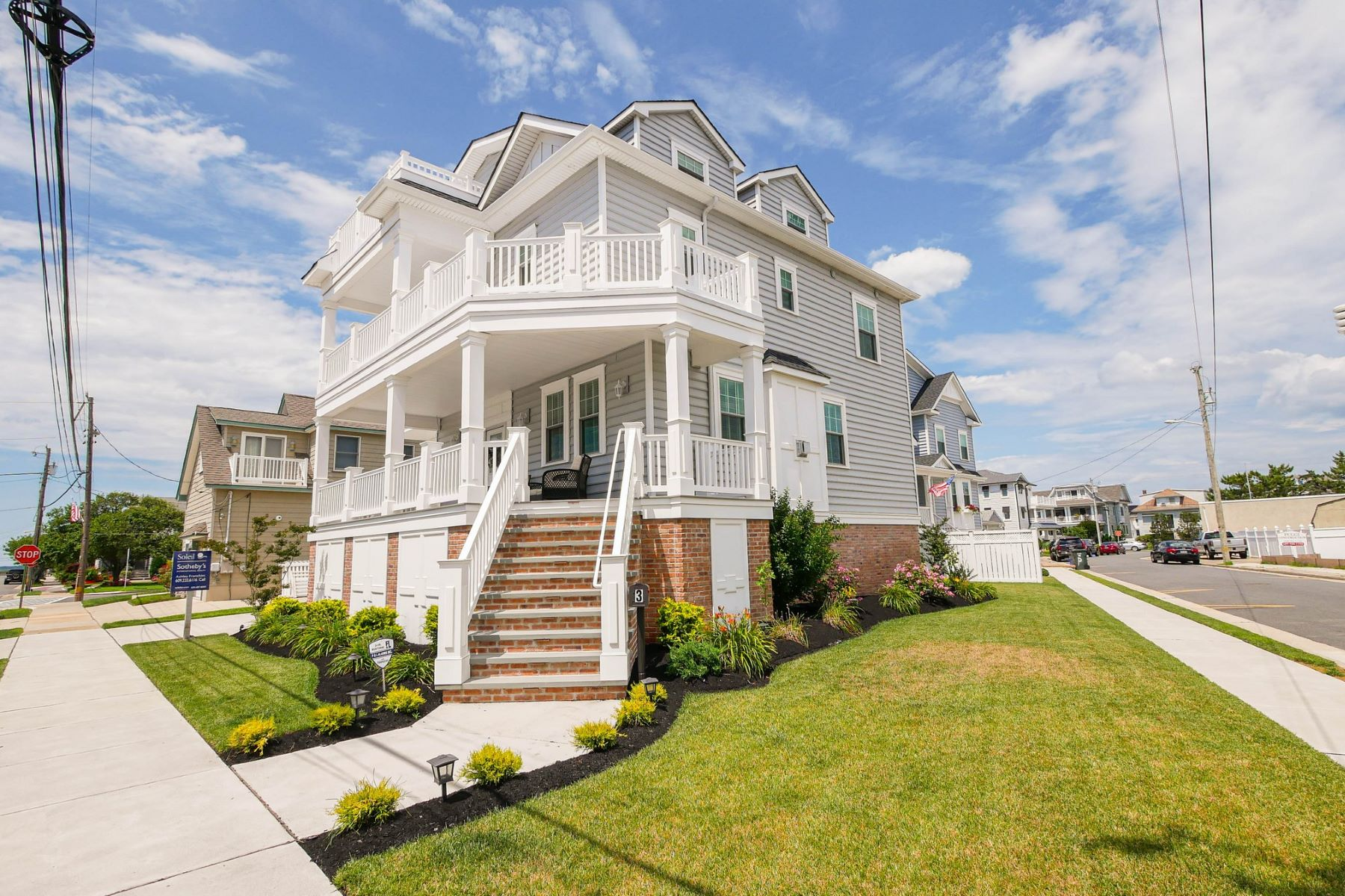 Single Family Homes for Active at 3 S 30th Ave, Southside Longport, New Jersey 08403 United States