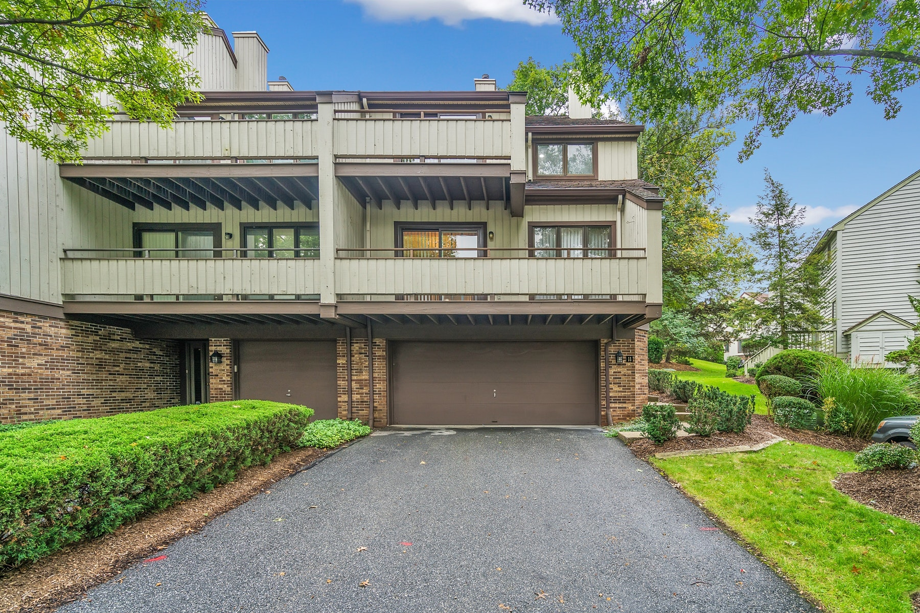 Condominium for Sale at Beautiful Townhouse 11 Meadowview Ct, Leonia, New Jersey 07605 United States
