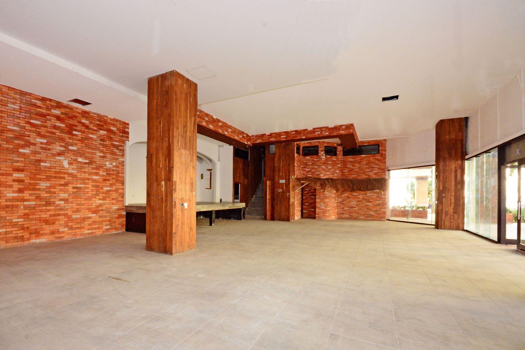 Additional photo for property listing at ALDEA THAI 22 COMMERCIAL SPACE Aldea Thai #22 Avenida Cozumel entre las Calles 26 y 28 Norte Playa Del Carmen, Quintana Roo 77710 México
