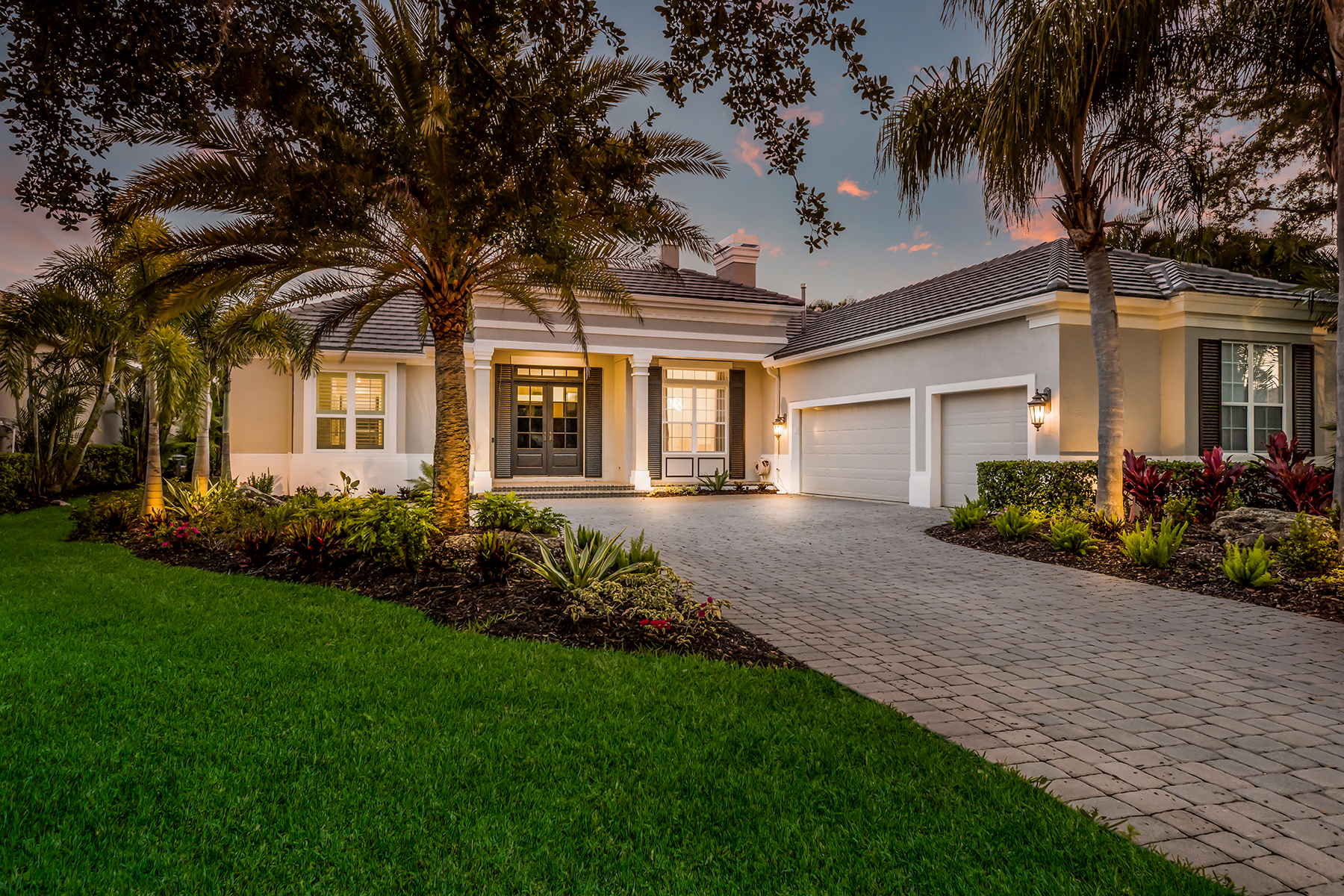 single family homes for Active at LAKEWOOD RANCH COUNTRY CLUB 7339 Greystone St Lakewood Ranch, Florida 34202 United States