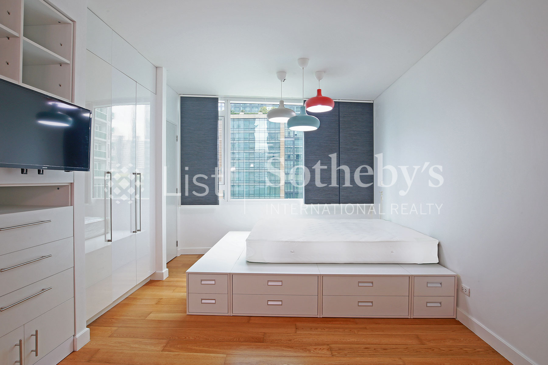 Additional photo for property listing at Modern Studio Unit in Makati City Makati, Luzon Philippines