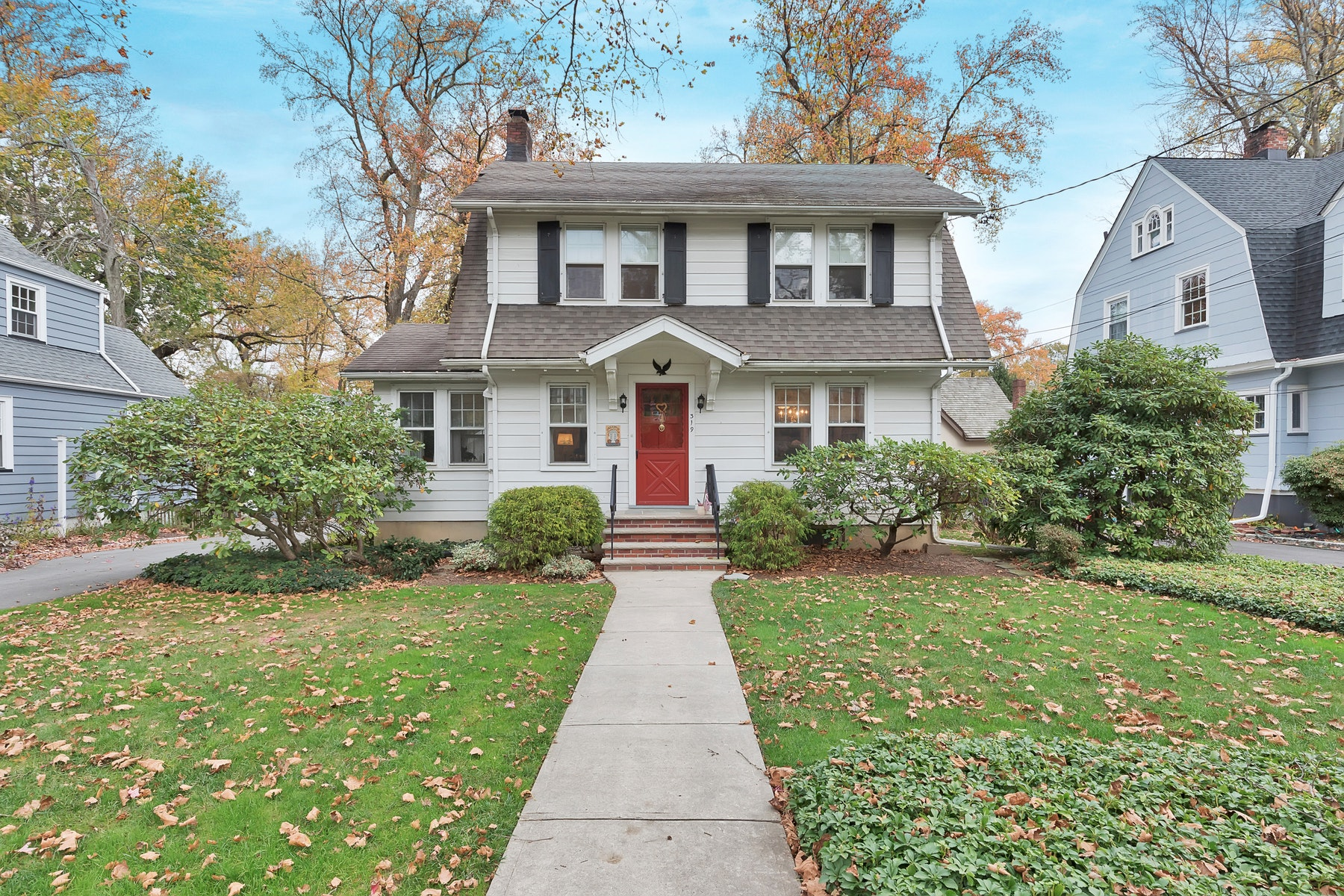 Single Family Homes for Sale at Live Traditional 319 Scotch Plains Ave Westfield, New Jersey 07090 United States