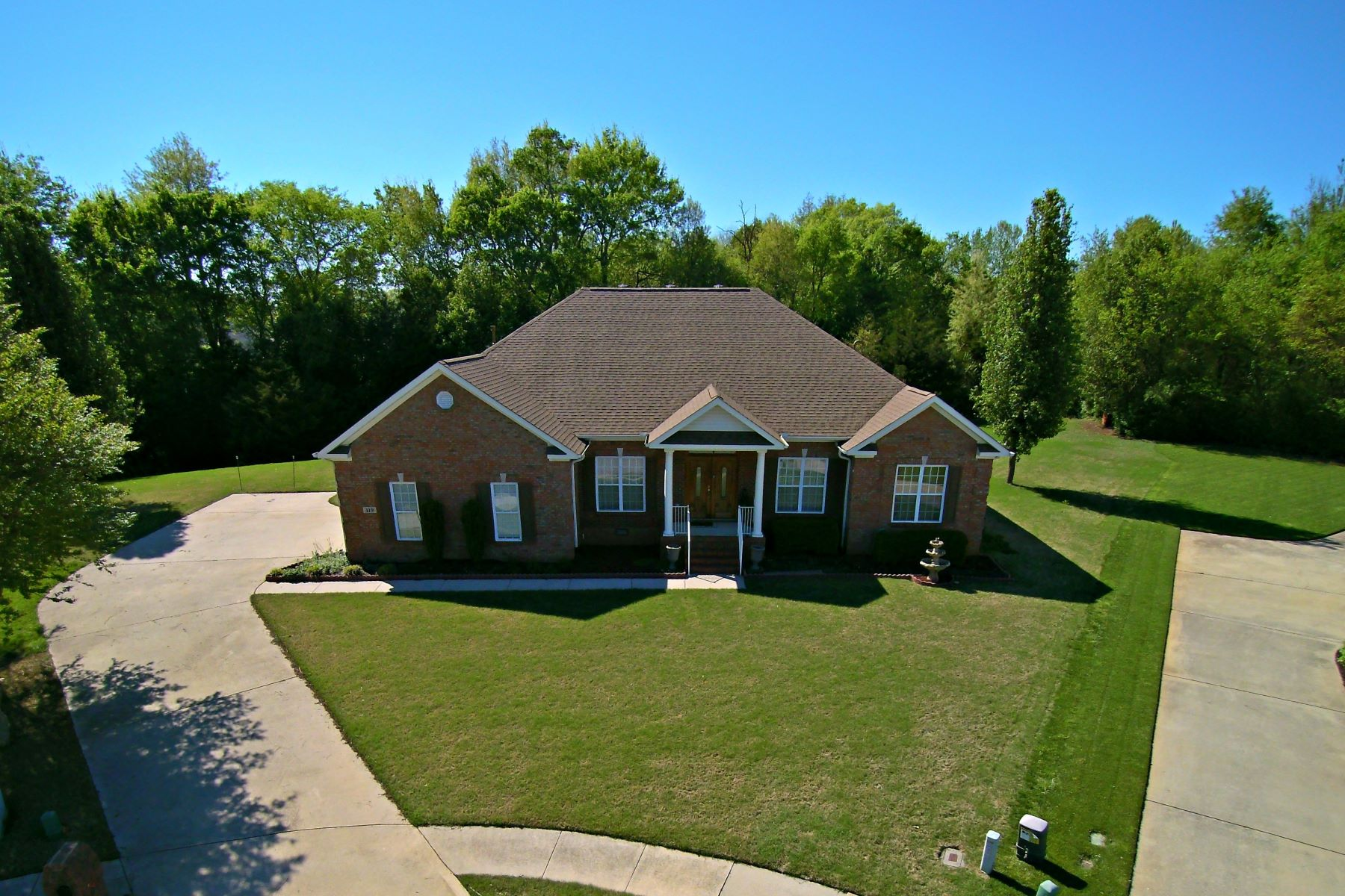Single Family Home for Active at 119 Futurity Way Meridianville, Alabama 35759 United States