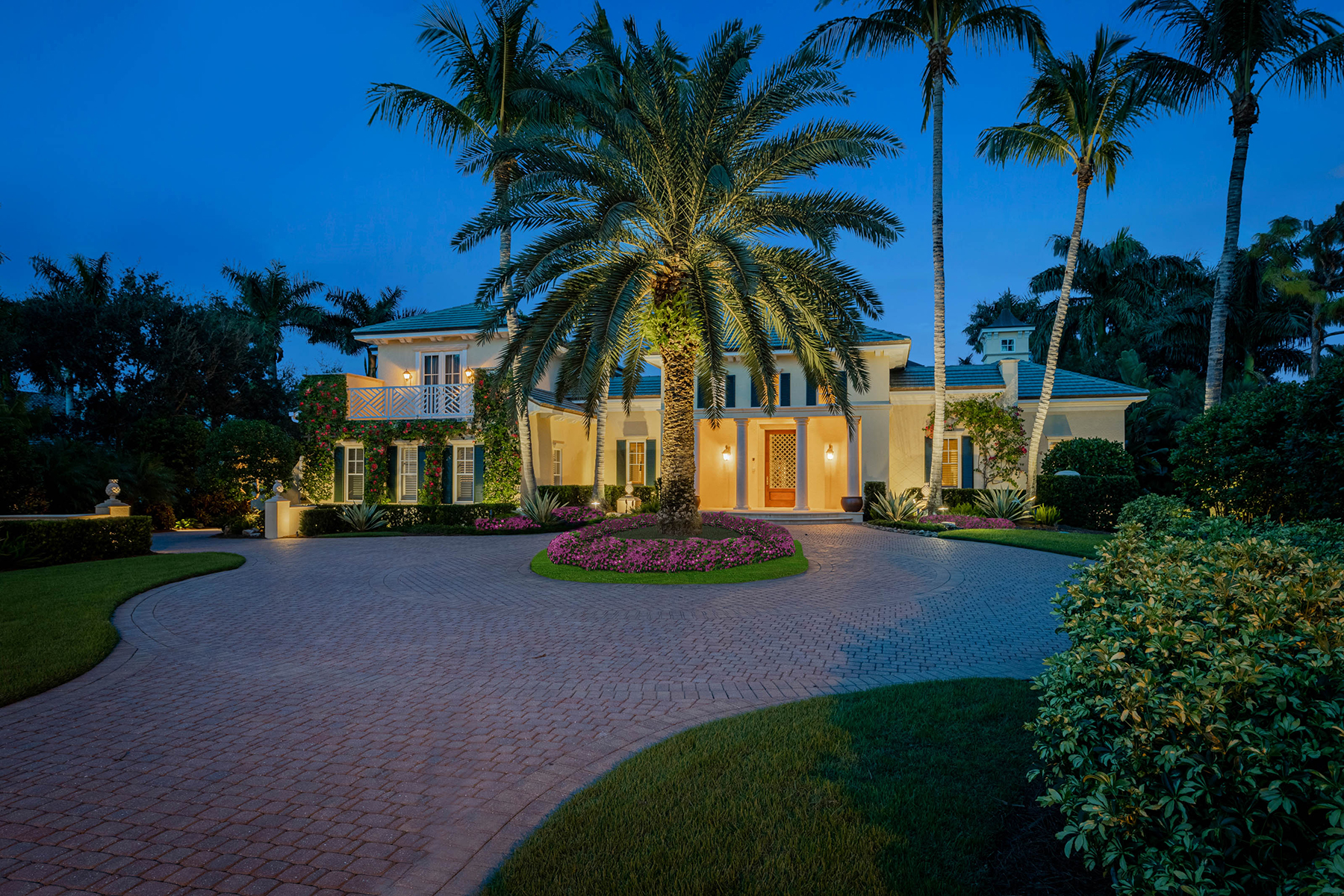 Single Family Homes for Sale at BONITA BAY - ROOKERY LAKE 26531 Rookery Lake Drive Bonita Springs, Florida 34134 United States