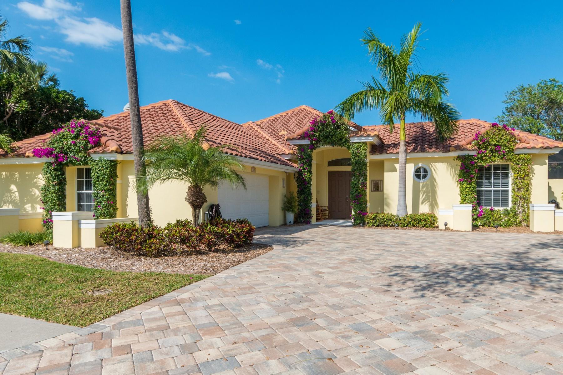 Casa Unifamiliar por un Venta en 375 Hammock Shore Drive Melbourne Beach, Florida, 32951 Estados Unidos