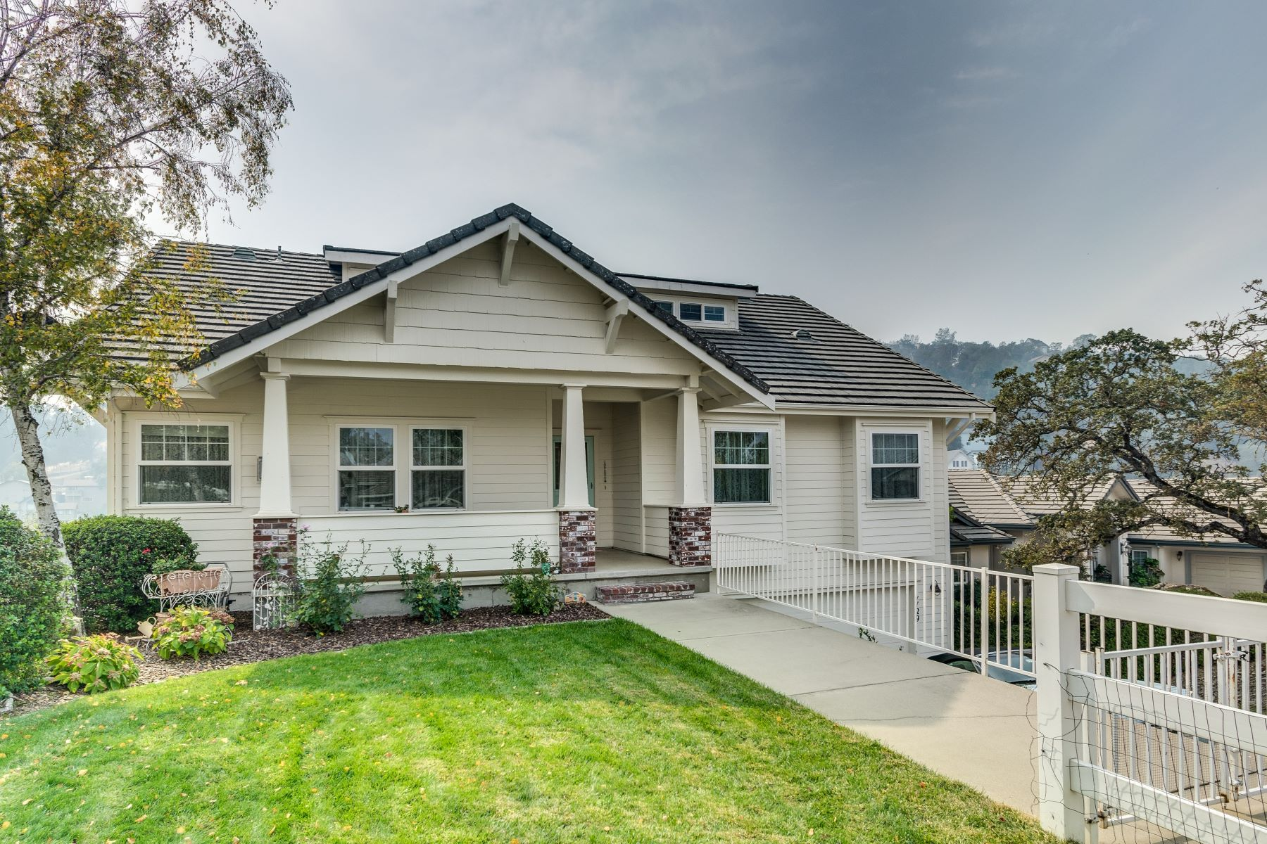 Single Family Home for Sale at 1129 Shoreline Ct 1129 Shoreline Ct Copperopolis, California 95228 United States