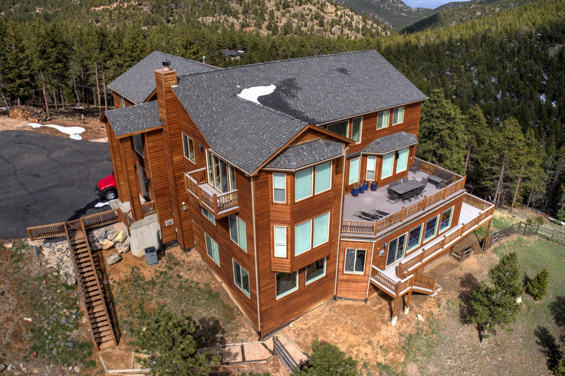 Maison unifamiliale pour l Vente à Amazing Hilltop Views 29448 Loomis Way Golden, Colorado 80403 États-Unis