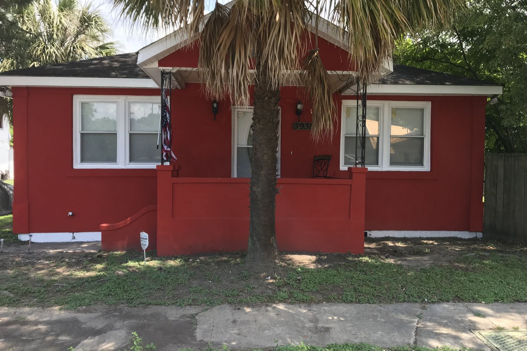 Single Family Home for Sale at 3931 McFarland Street 3931 McFarland St New Orleans, Louisiana 70126 United States