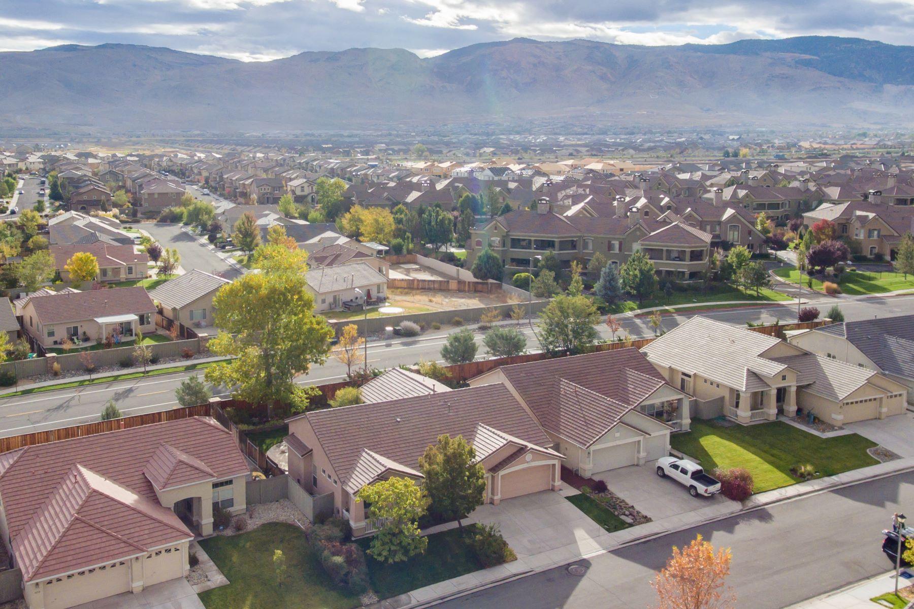 Additional photo for property listing at 9960 Frankwood Drive 9660 Frankwood Drive Reno, Nevada 89521 United States